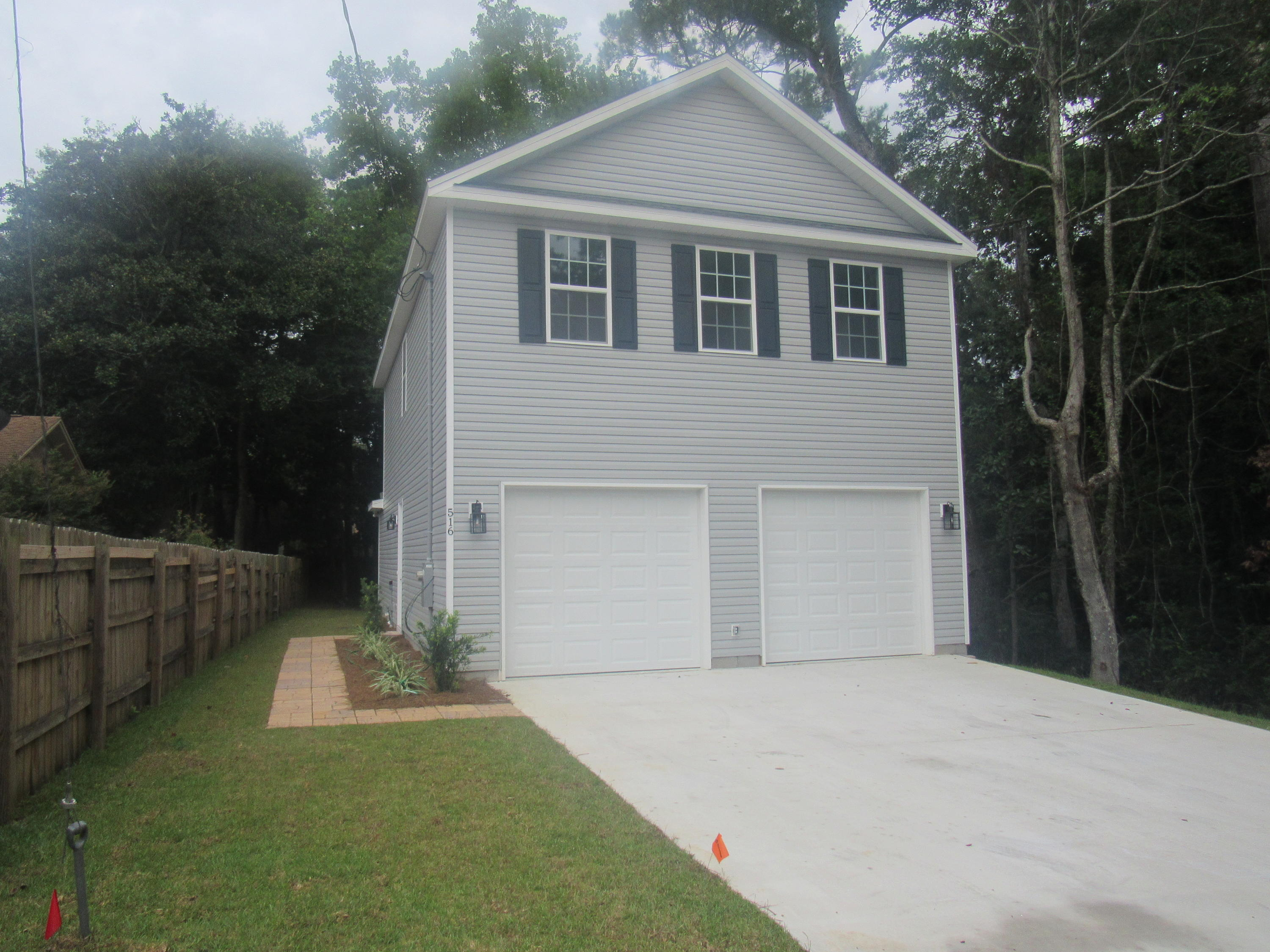 A 3 Bedroom 2 Bedroom Maple Ave Lot 11 Home