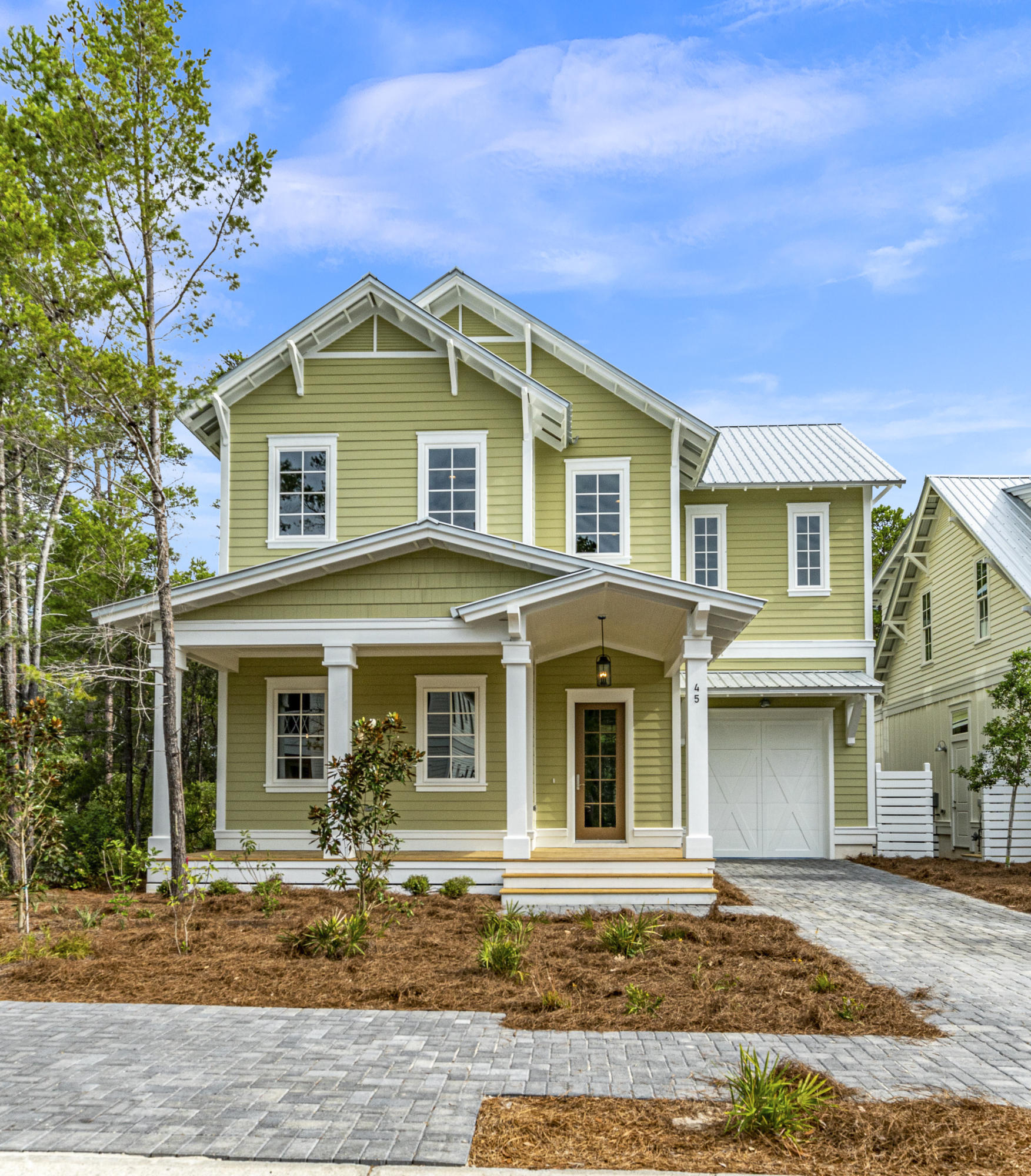 A 4 Bedroom 3 Bedroom Lakeside At Blue Mountain Beach Home