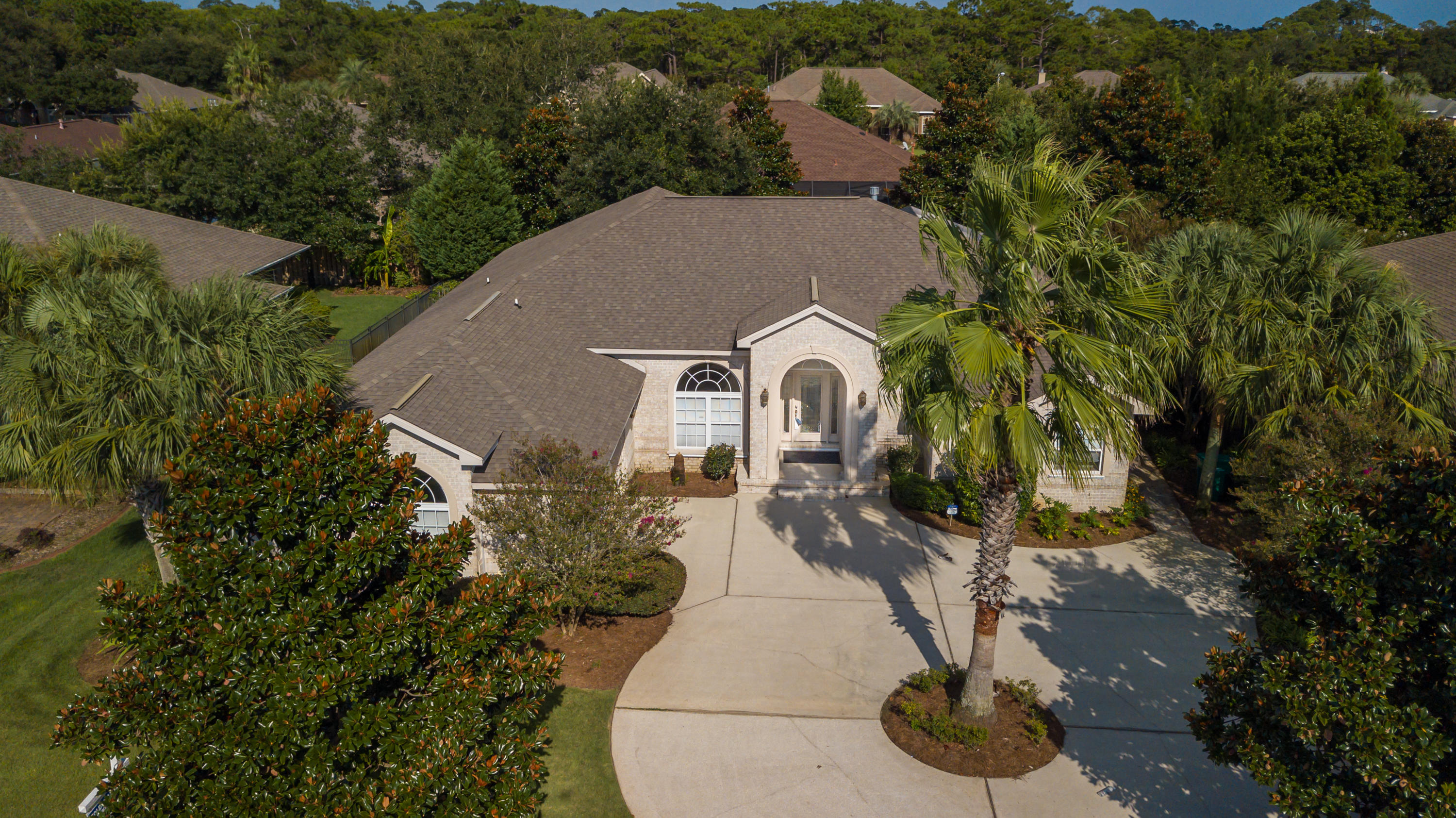 Photo of home for sale at 1998 Tampa, Navarre FL