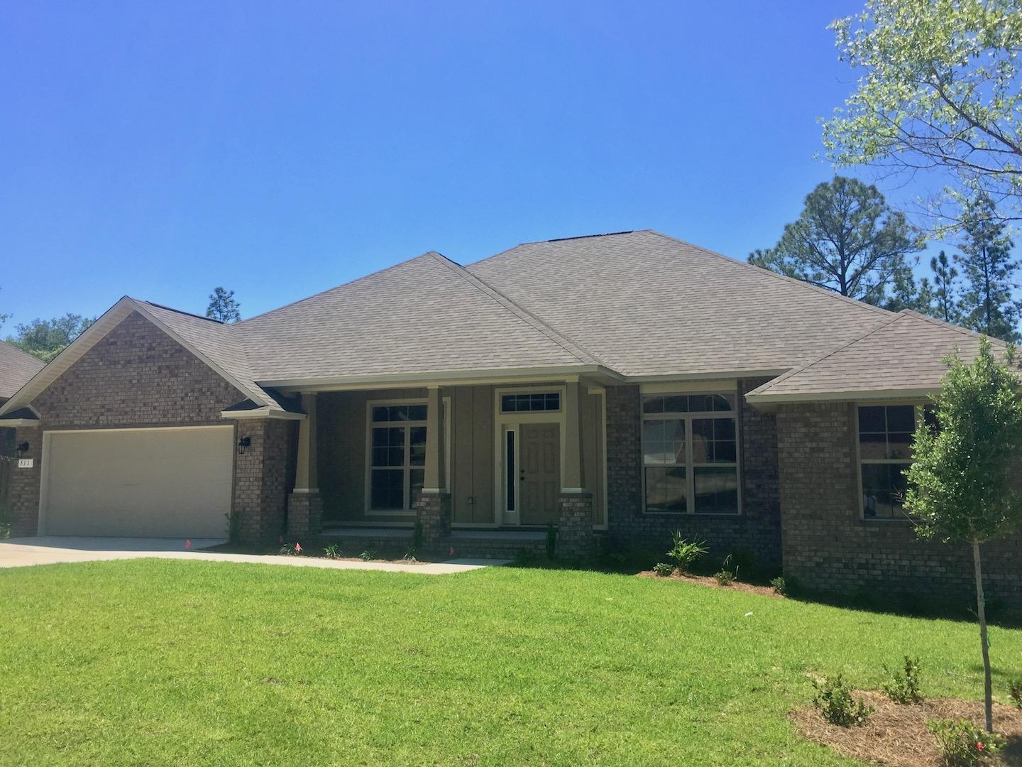 Photo of home for sale at 5332 Wyndell, Crestview FL