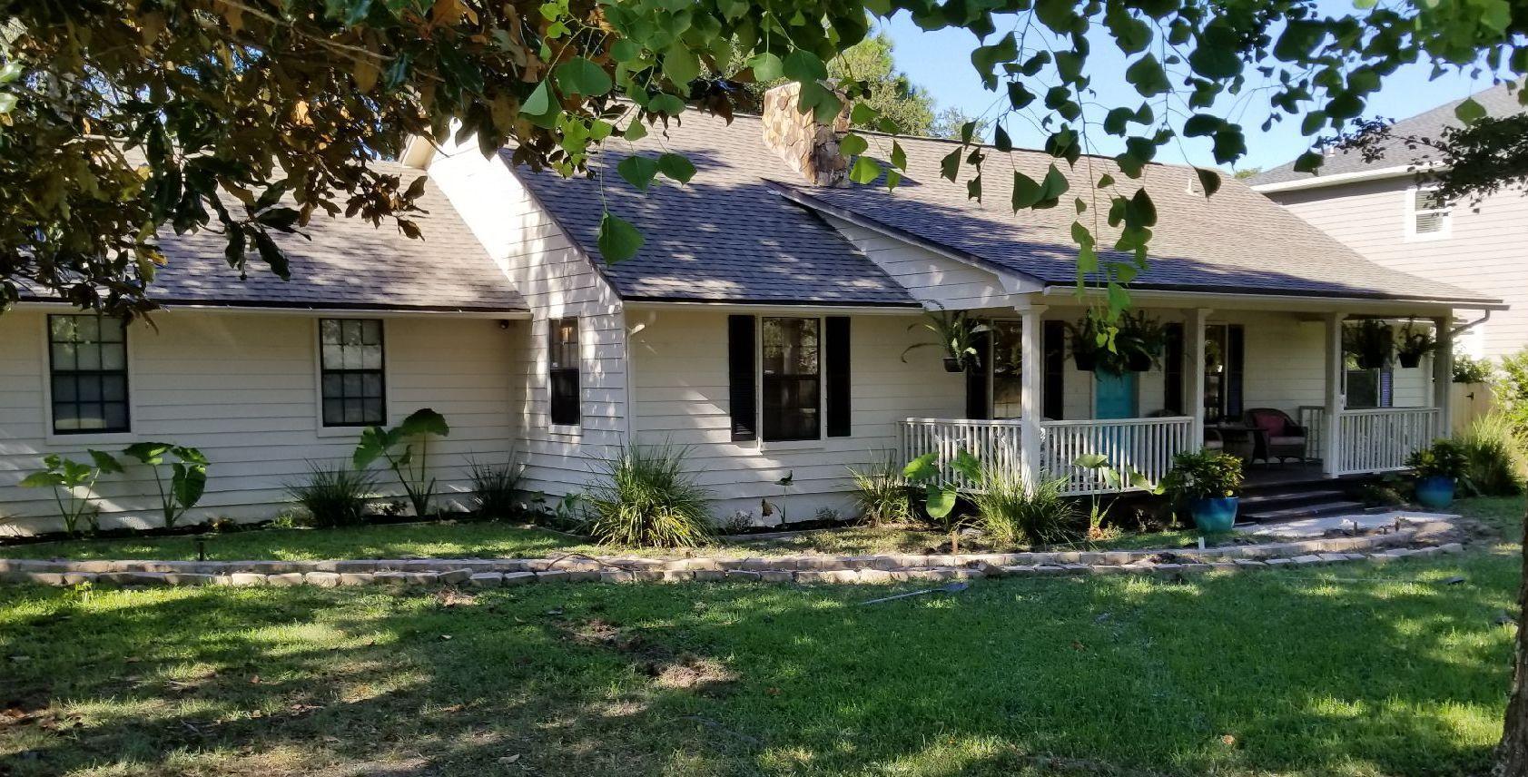 Photo of home for sale at 801 Wild Oak, Destin FL