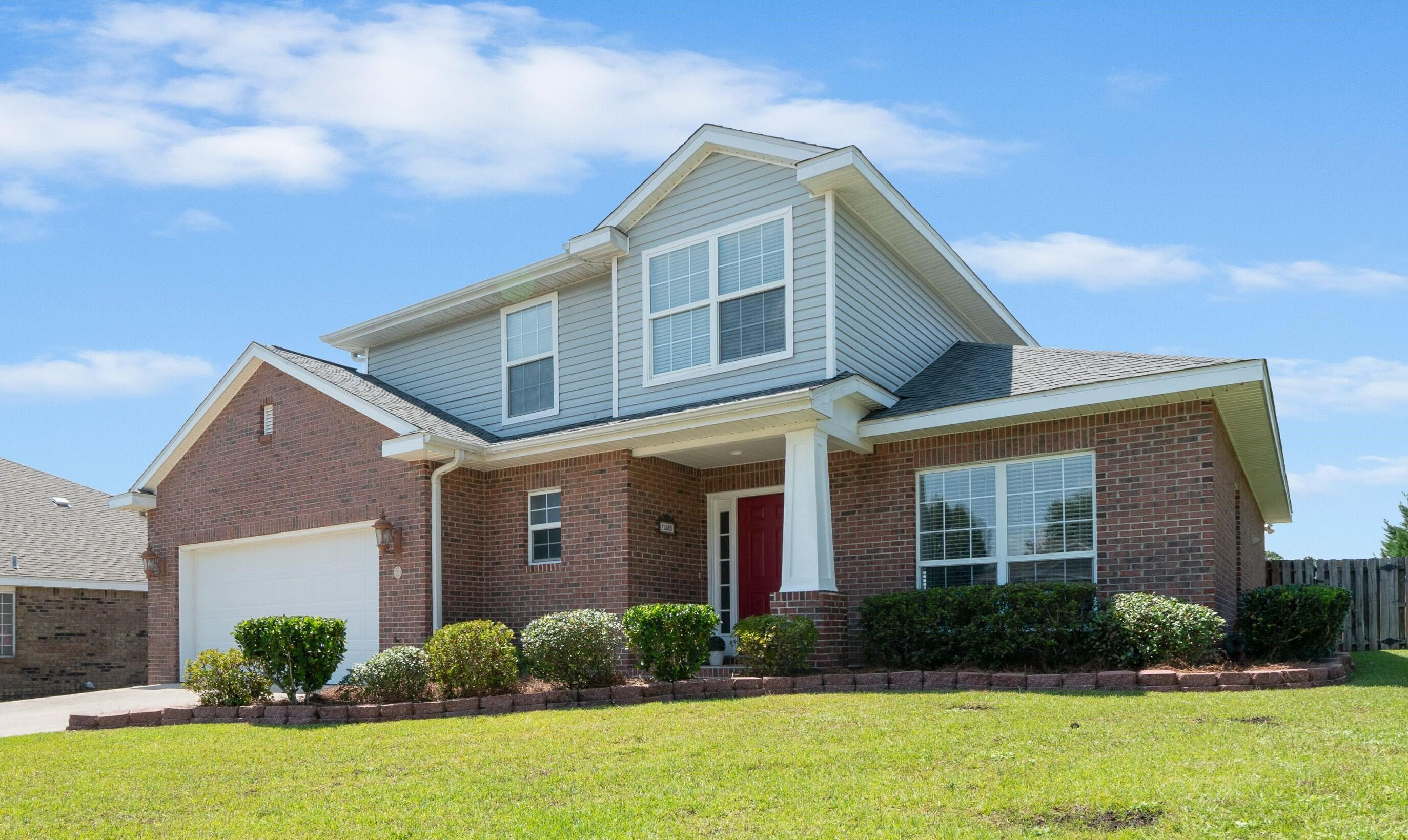 Photo of home for sale at 307 Arbor, Niceville FL