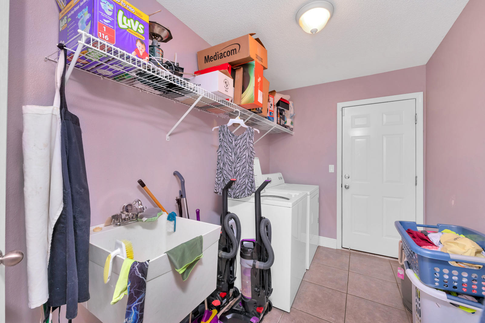 Photo of home for sale at 6636 Indian, Navarre FL