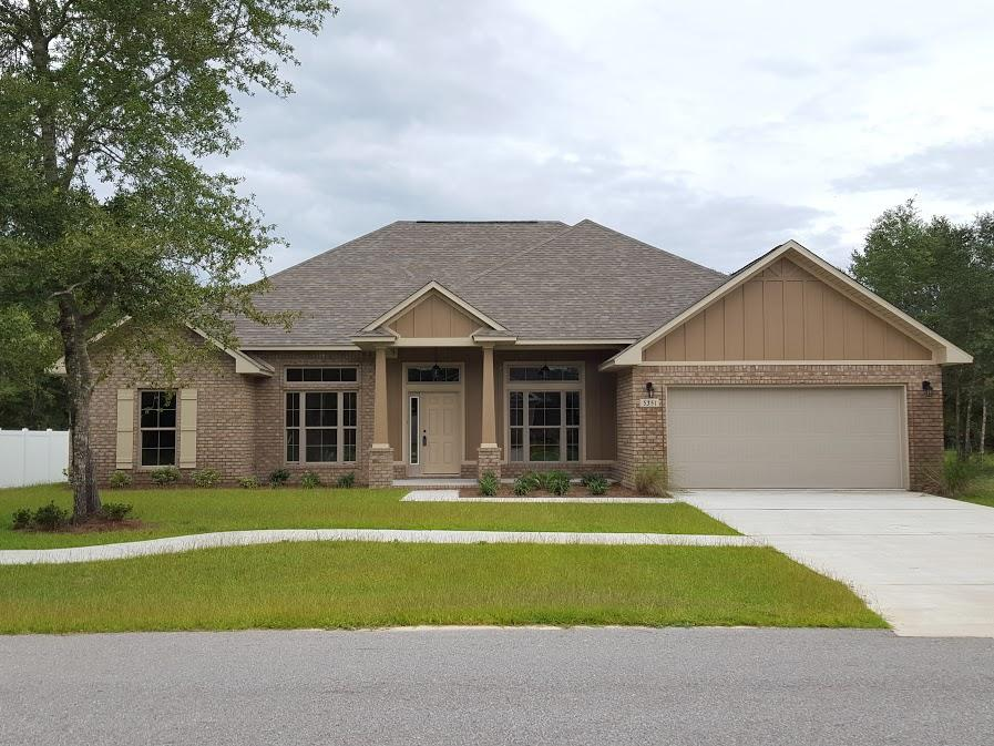 Photo of home for sale at 5330 Wyndell, Crestview FL