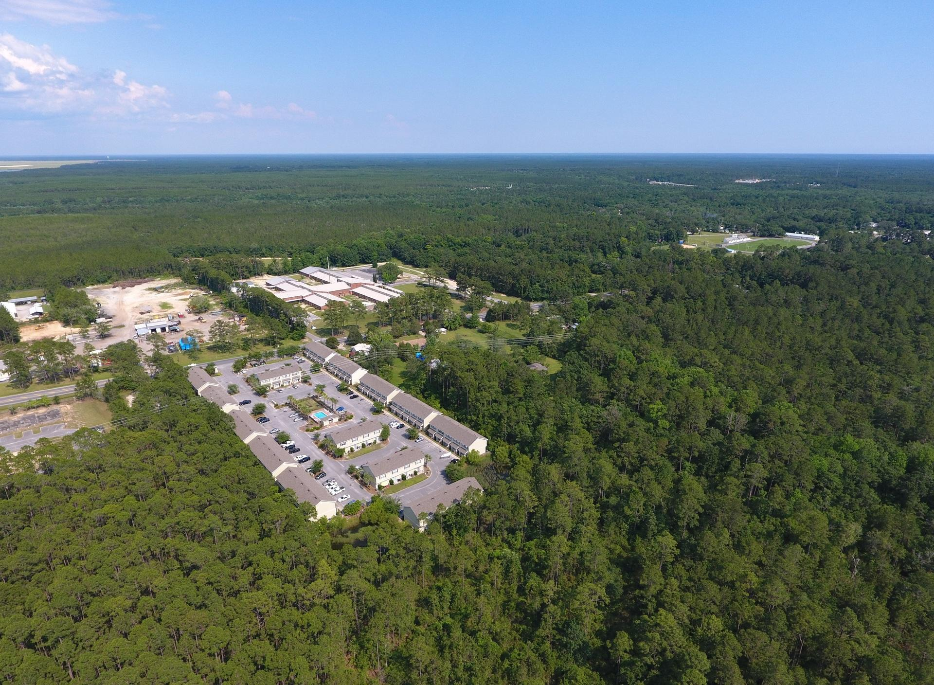 Photo of home for sale at 15284 Highway 331 Business, Freeport FL