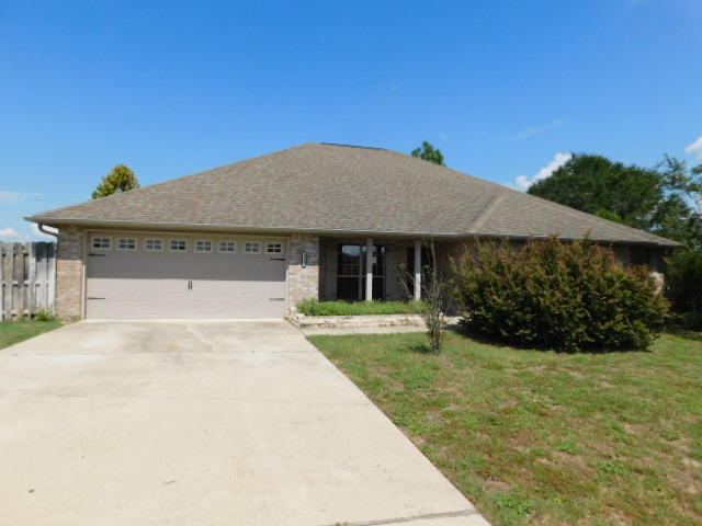 Photo of home for sale at 5242 Moore, Crestview FL
