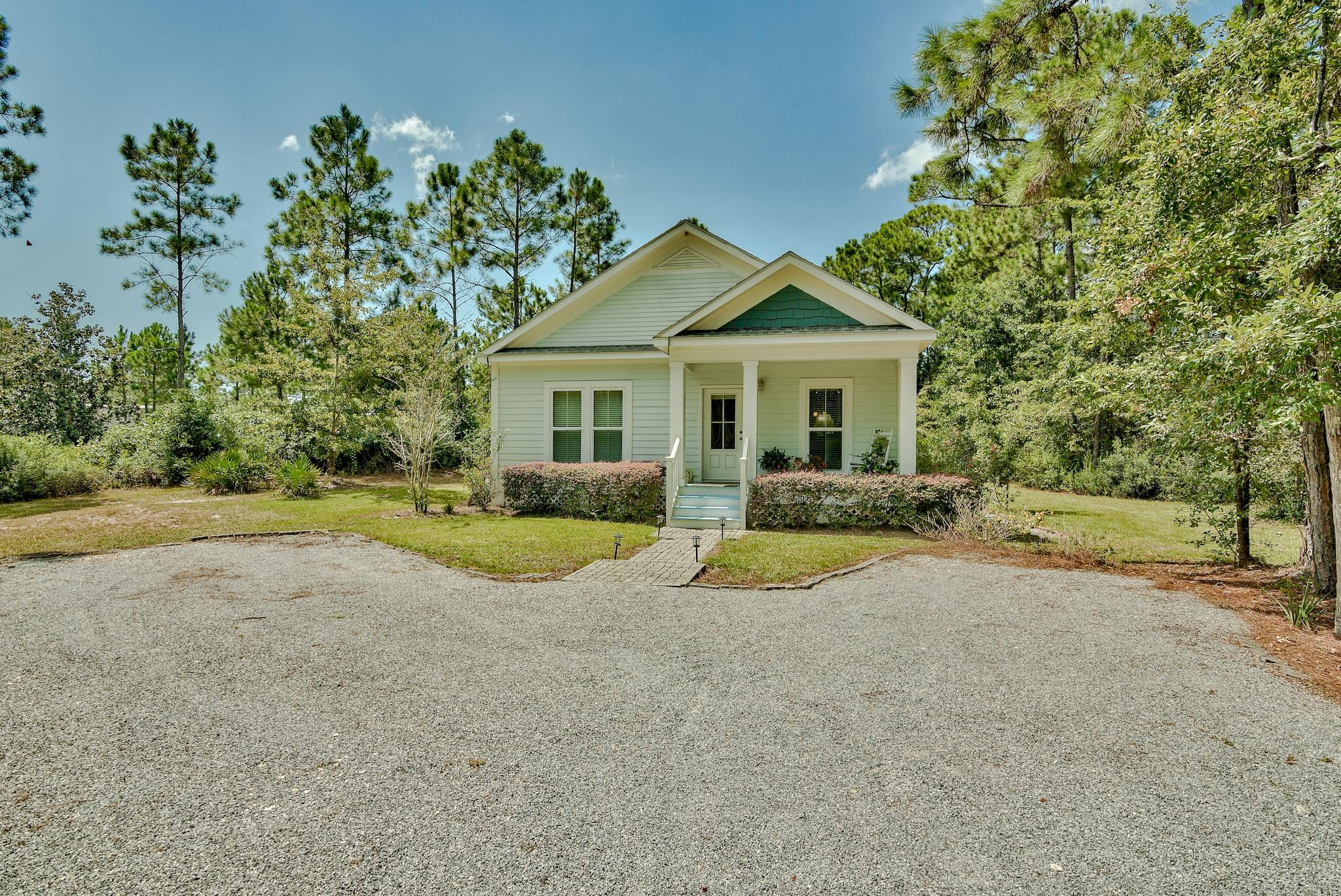 Photo of home for sale at 33 Edgewood, Santa Rosa Beach FL