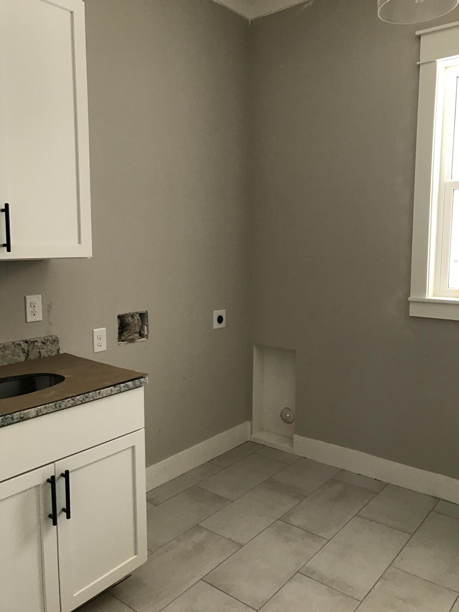Photo of home for sale at 24 Front Porch, Niceville FL