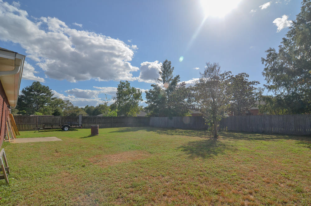Photo of home for sale at 3159 Audrey, Crestview FL