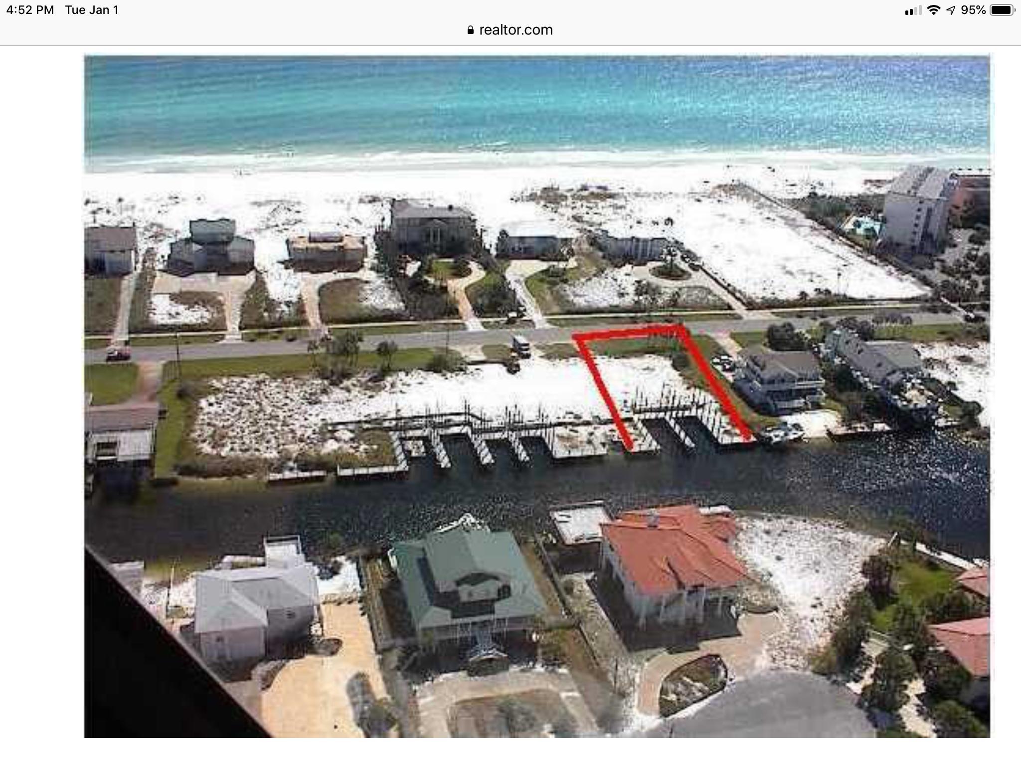 Photo of home for sale at 607 Gulf Shore, Destin FL
