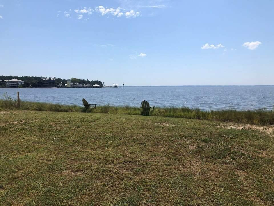 Photo of home for sale at TBD Beatrice Point Road, Freeport FL