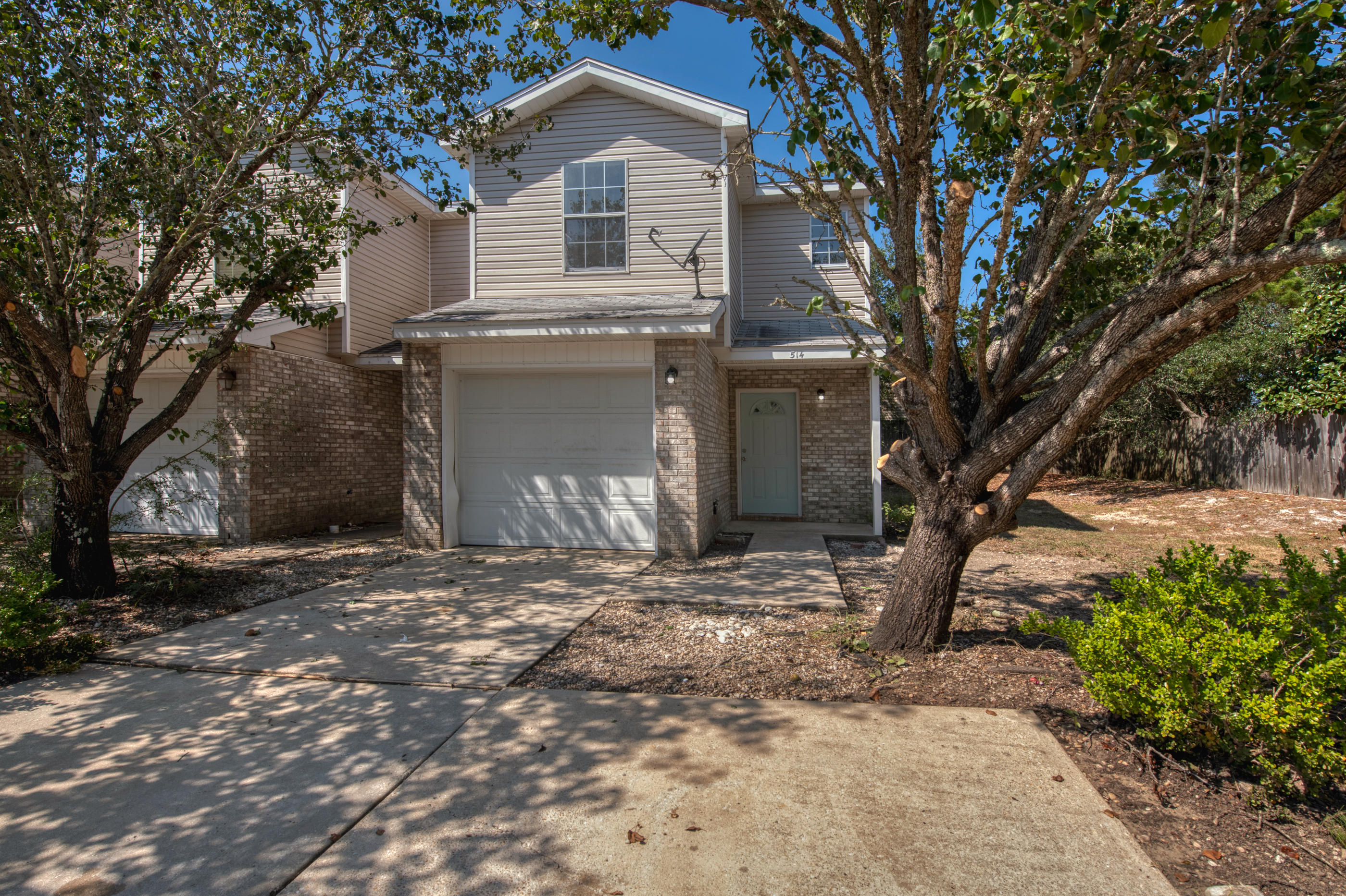 Photo of home for sale at 514 Keystone, Mary Esther FL
