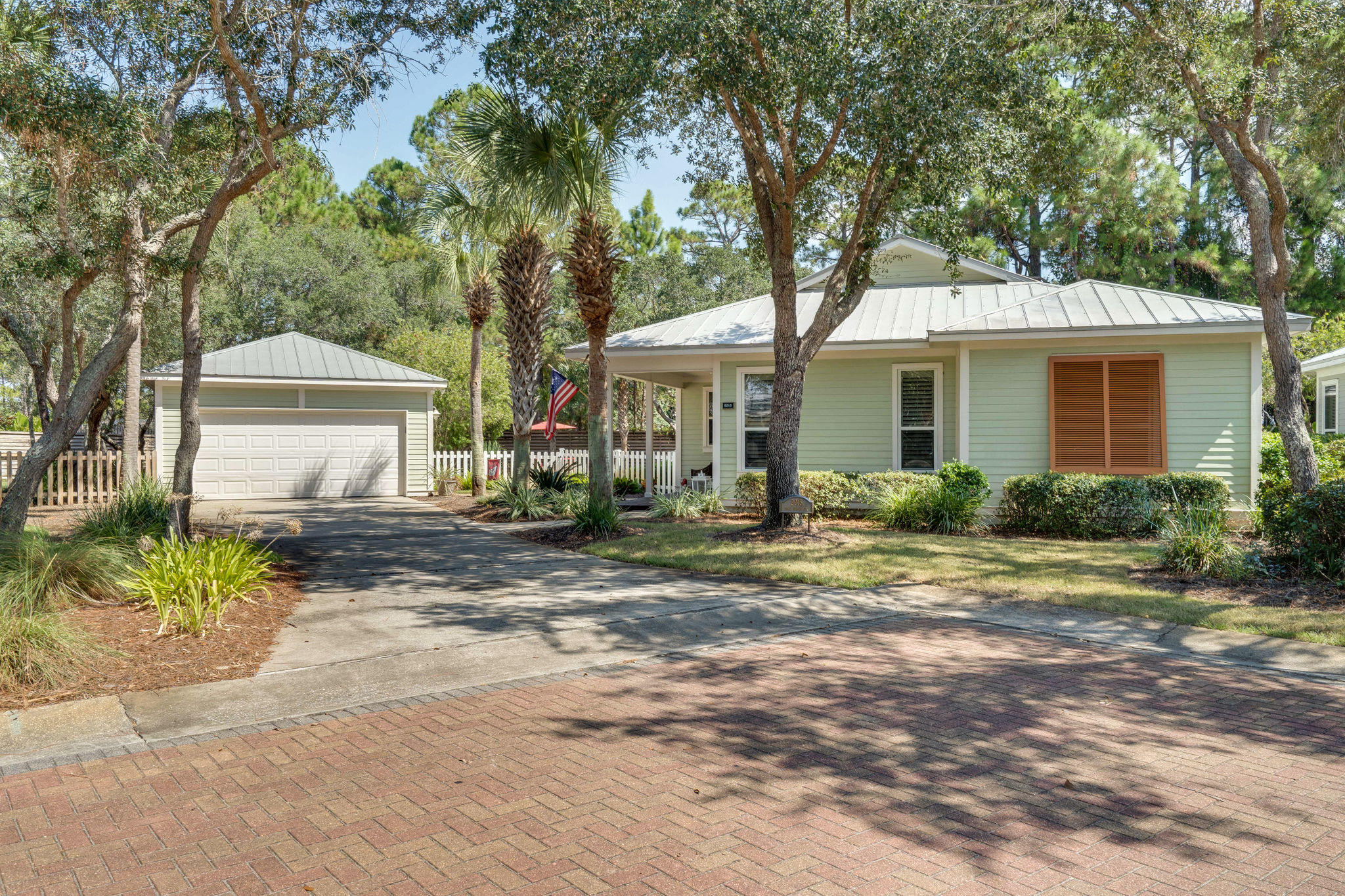 Photo of home for sale at 2015 Pine Island, Miramar Beach FL