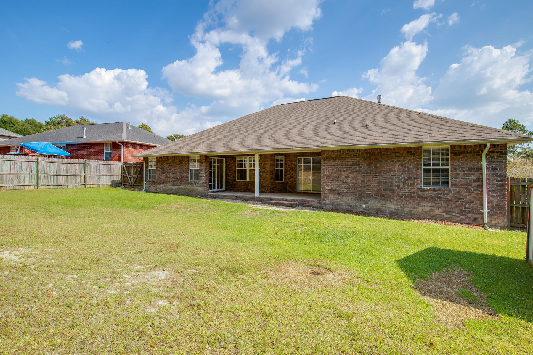 Photo of home for sale at 649 Territory, Crestview FL