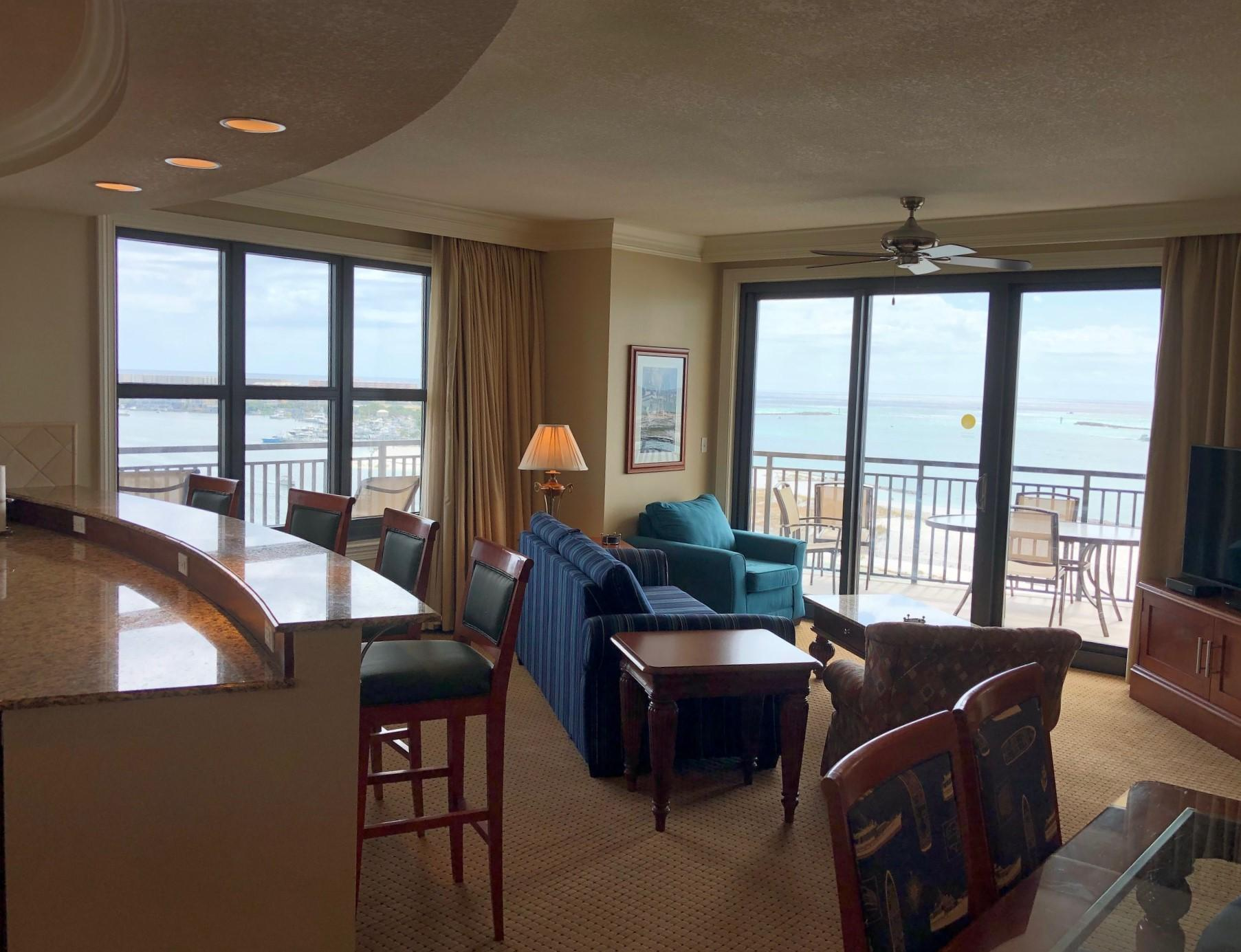 A 4 Bedroom 4 Bedroom Emerald Grande Timeshare