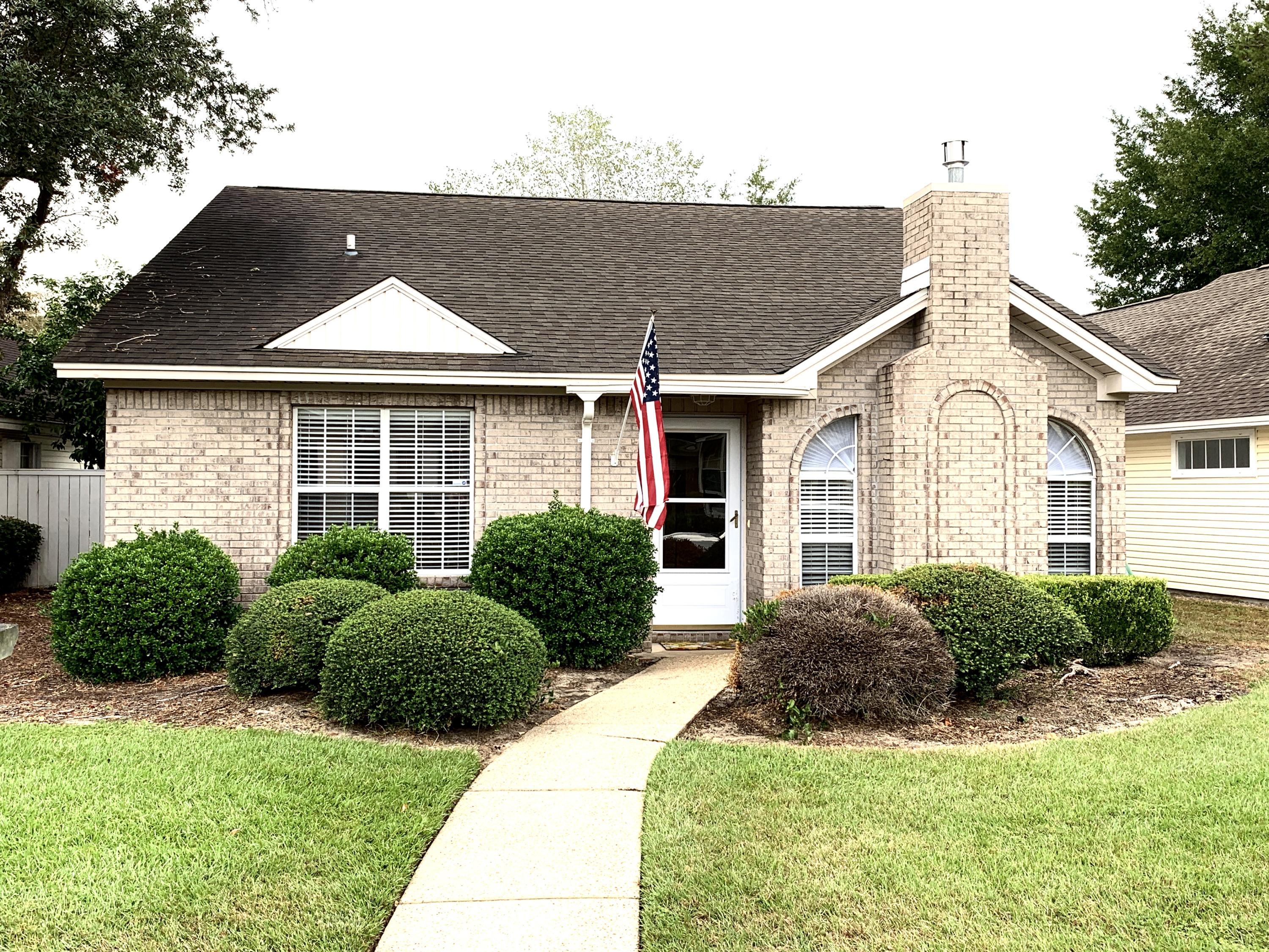 243  Parkwood Circle, Niceville in Okaloosa County, FL 32578 Home for Sale