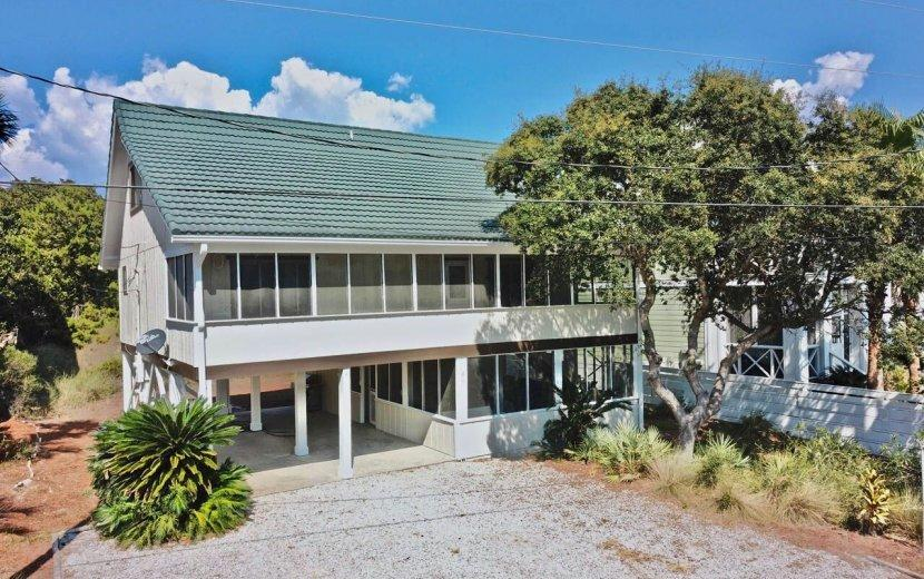 Photo of home for sale at 427 Eastern Lake, Santa Rosa Beach FL