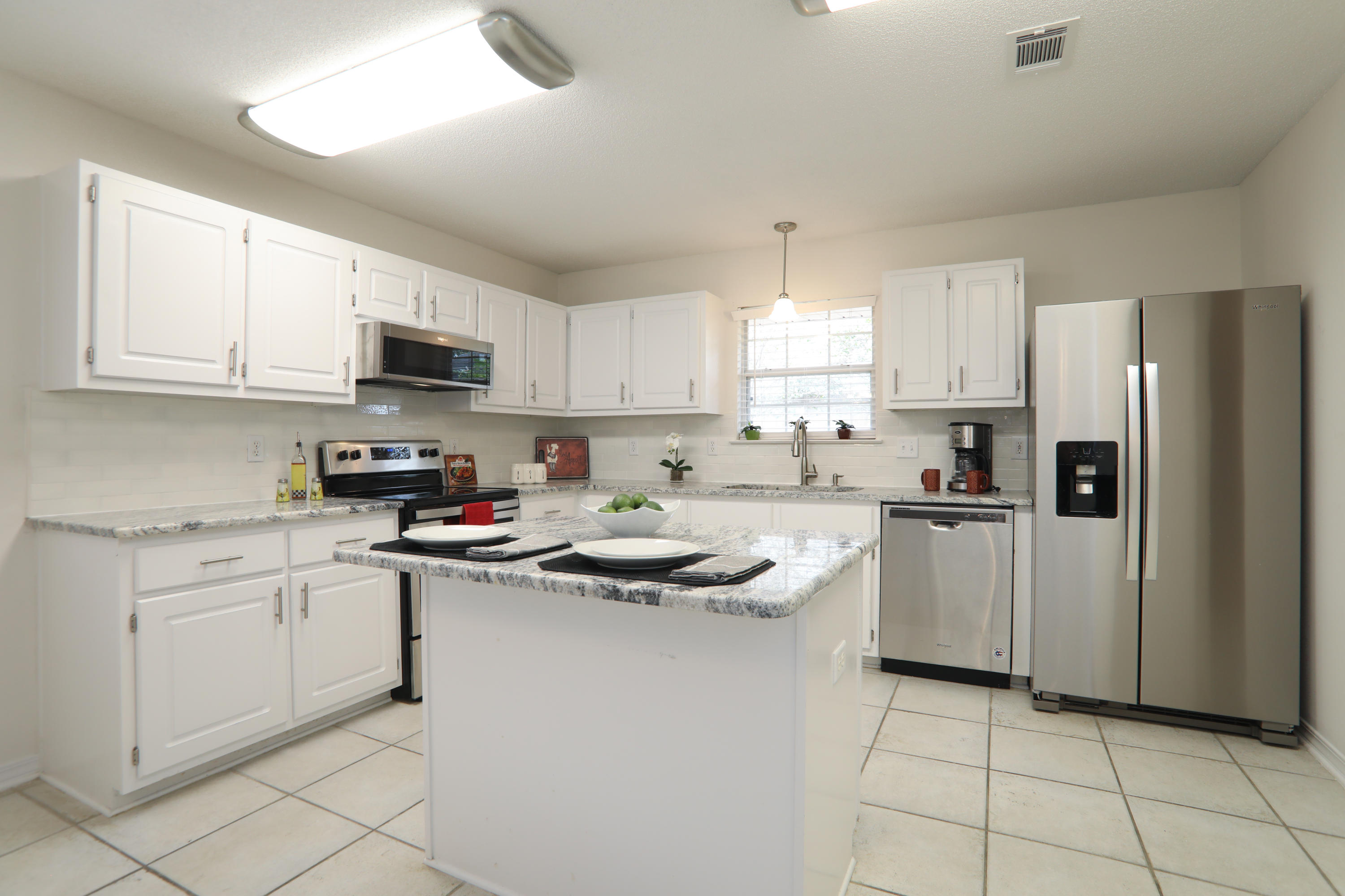 Photo of home for sale at 6936 Cotton Boll, Navarre FL