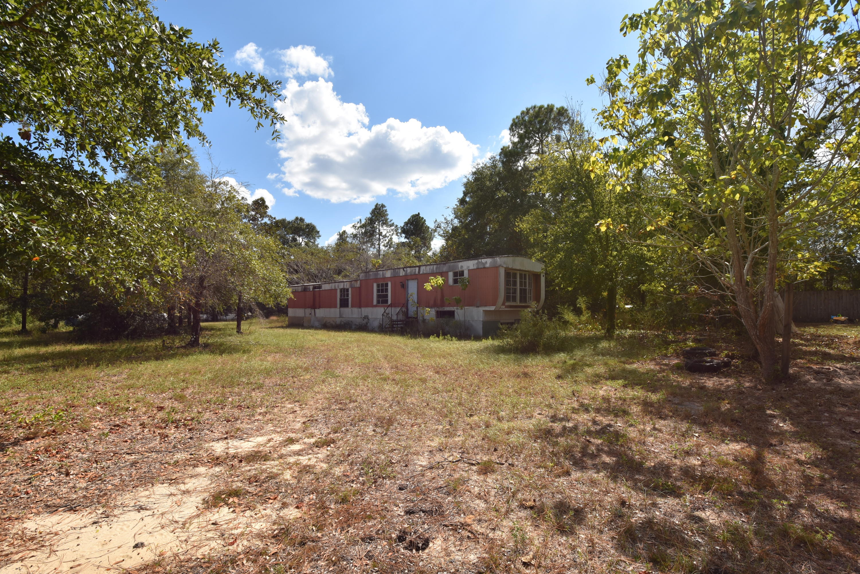 Photo of home for sale at 4648 Dove, Crestview FL