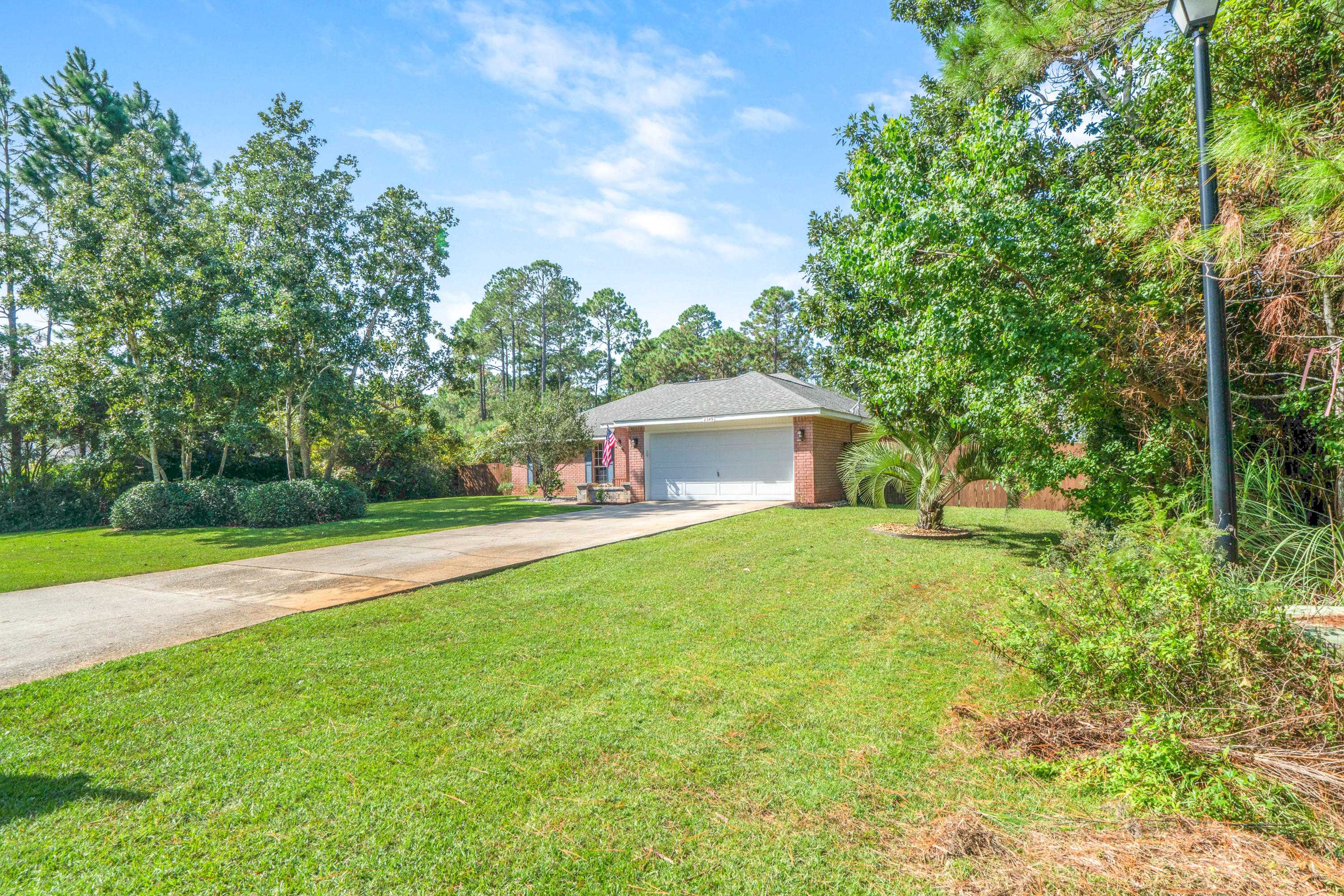 Photo of home for sale at 2349 Hemlock, Navarre FL