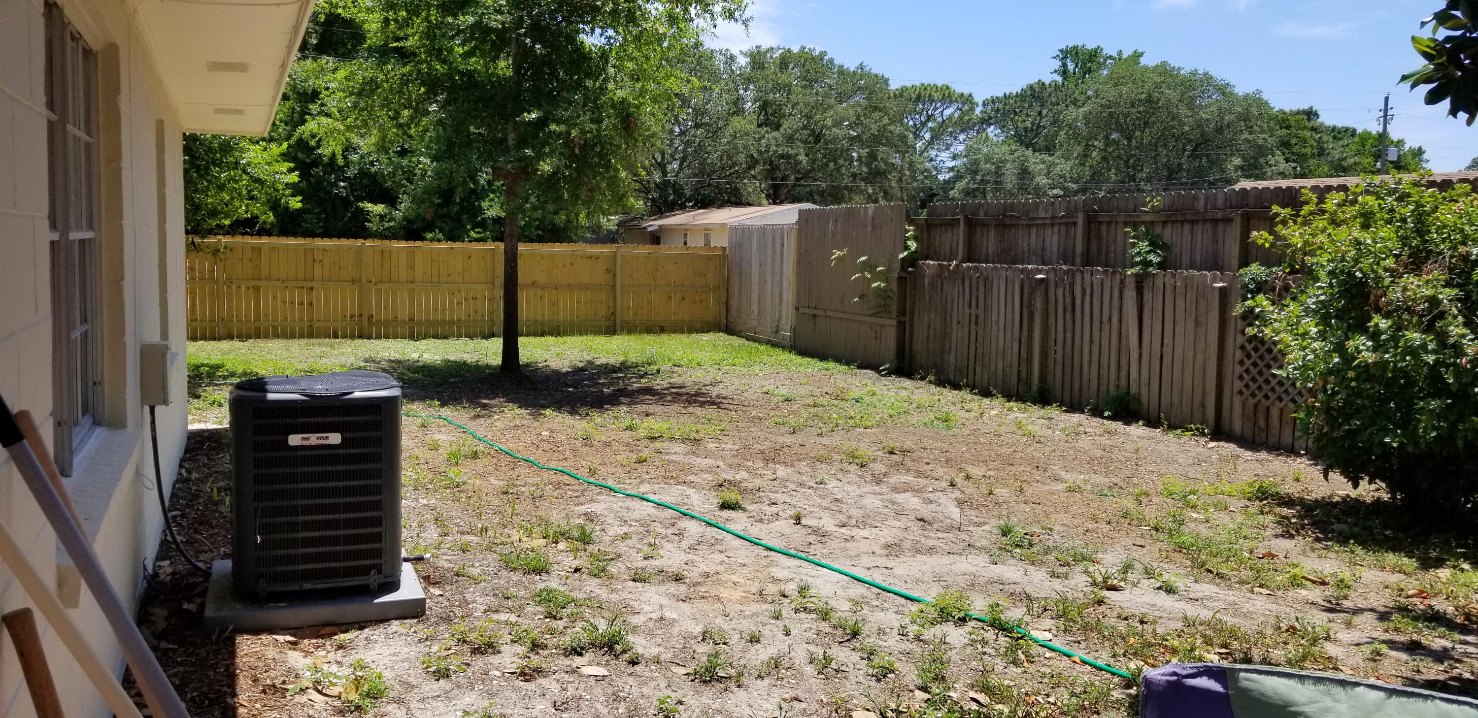 Photo of home for sale at 59 11Th, Shalimar FL
