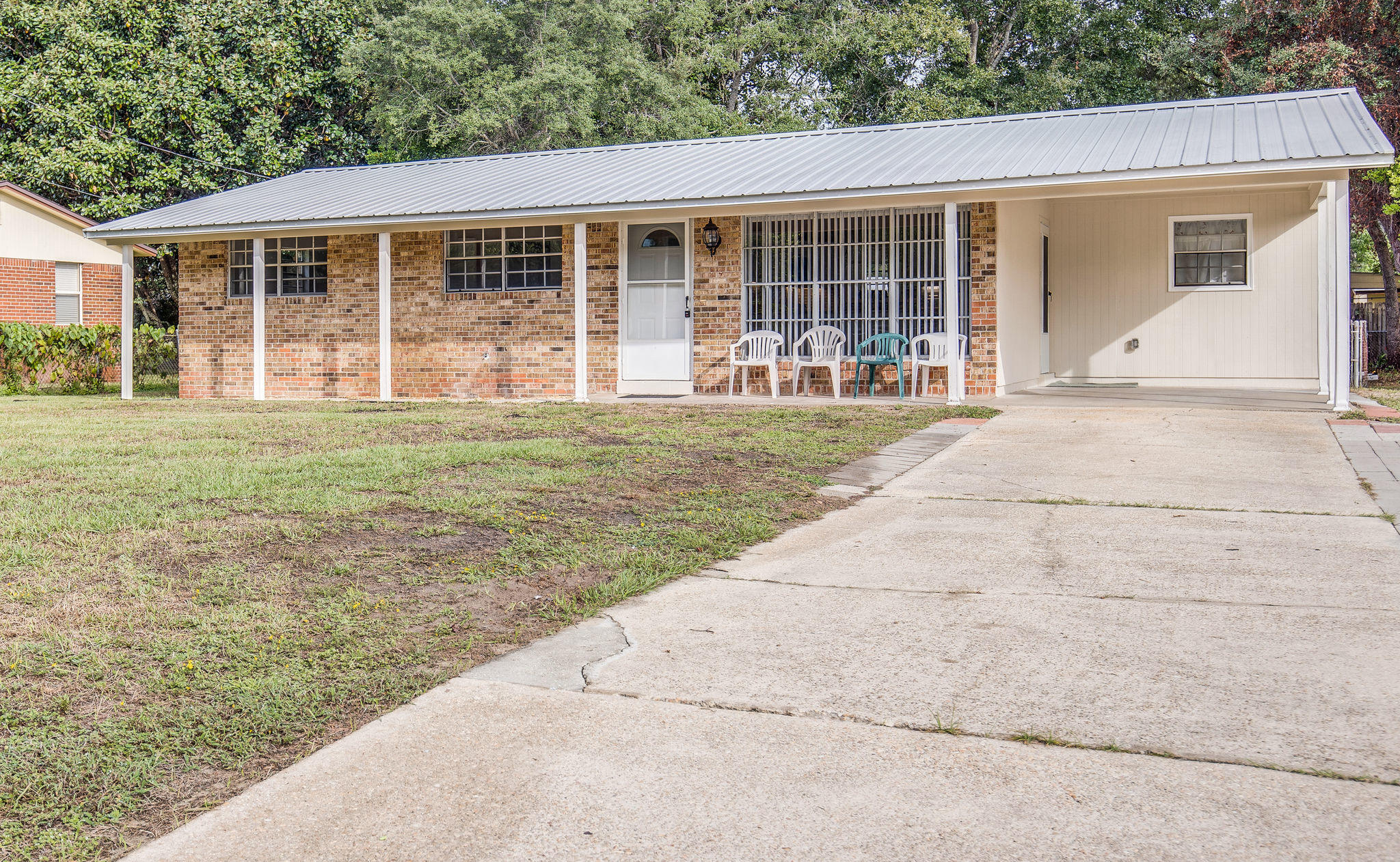 Photo of home for sale at 31 Holmes, Fort Walton Beach FL
