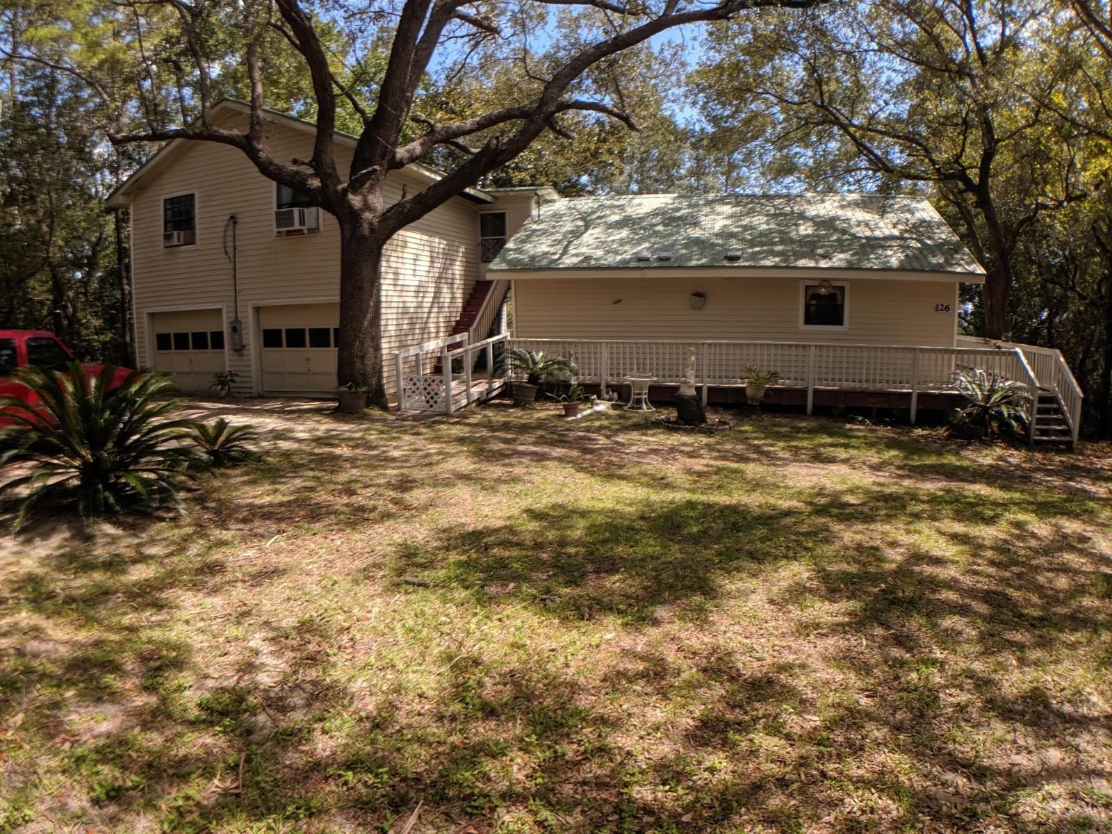Photo of home for sale at 126 Chippewa, Niceville FL