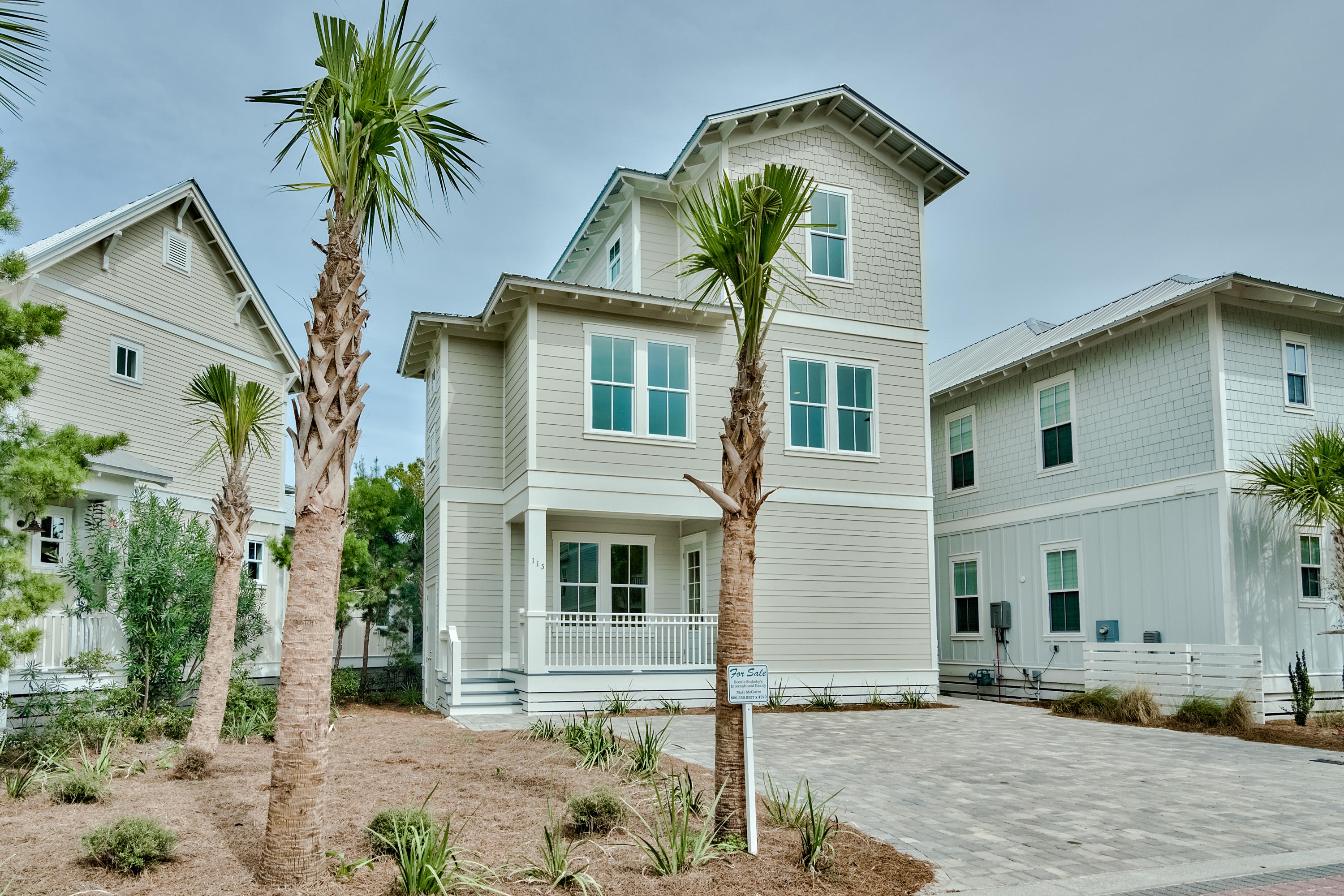 Photo of home for sale at 115 Flip Flop Ln., Inlet Beach FL
