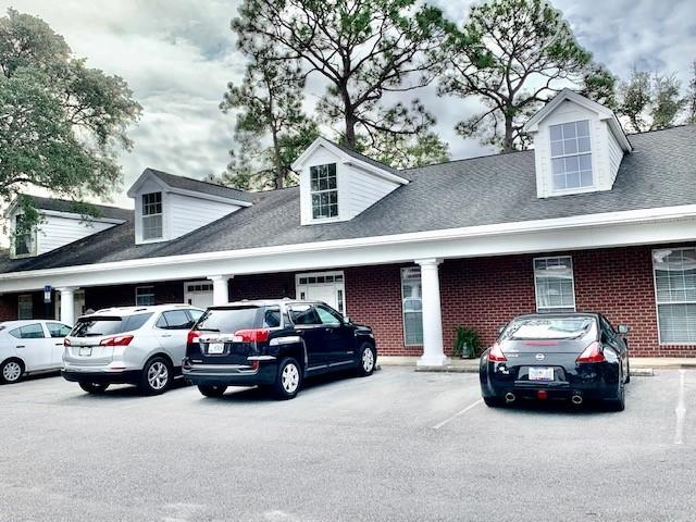 Photo of home for sale at 1817 Lewis Turner, Fort Walton Beach FL