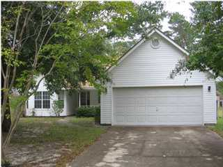 A 3 Bedroom 2 Bedroom Live Oak Shores Rental