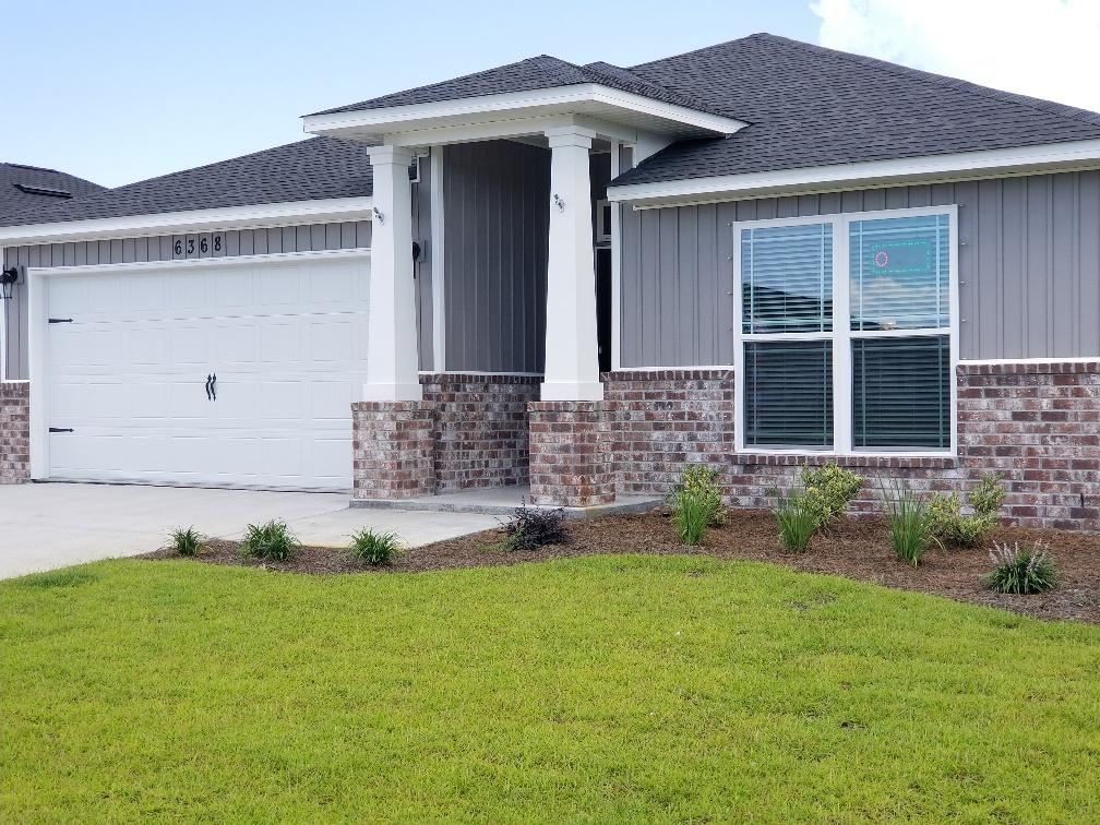 Photo of home for sale at 6074 Redberry, Gulf Breeze FL
