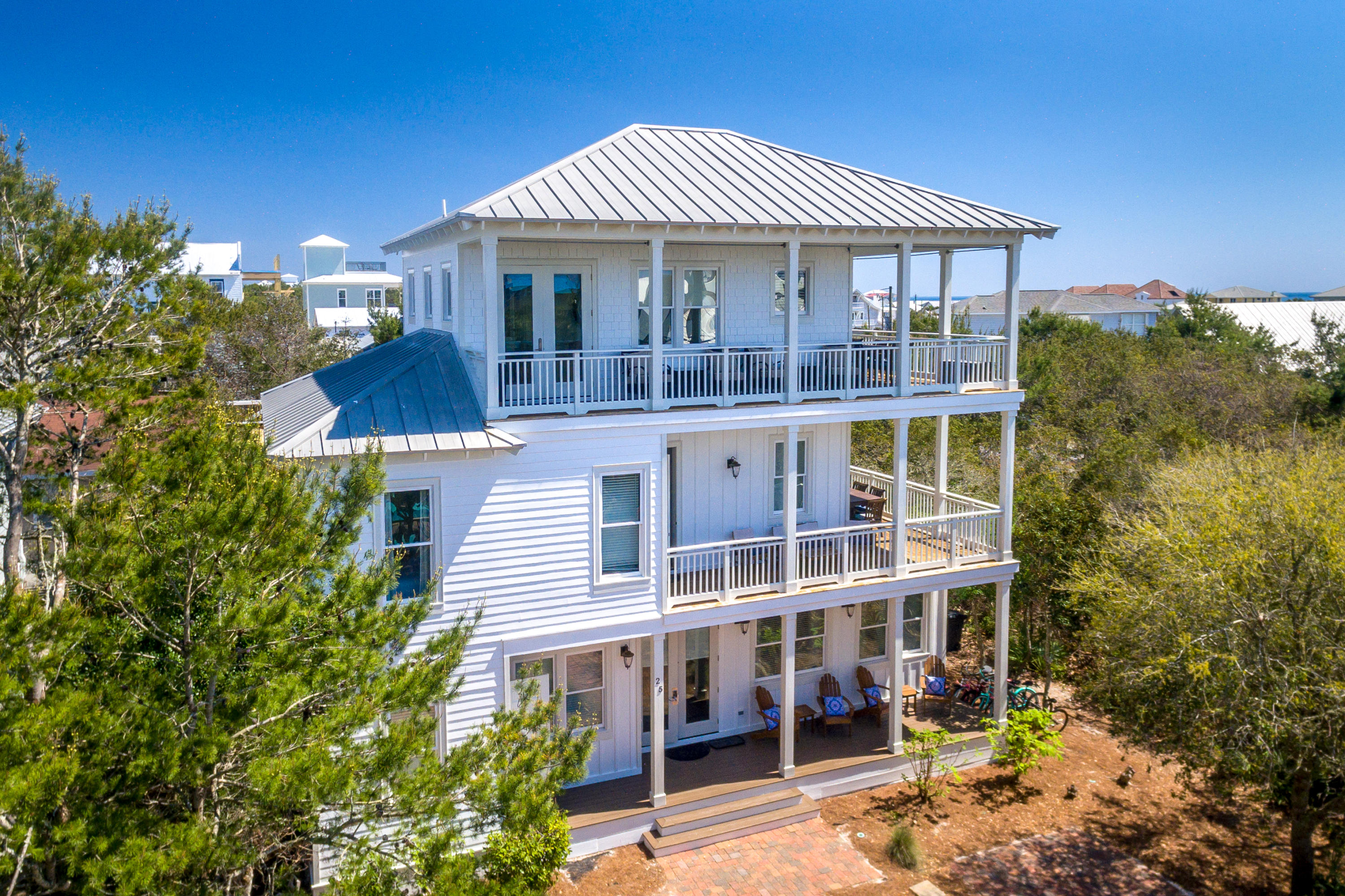 Photo of home for sale at 25 Wild Dunes, Inlet Beach FL