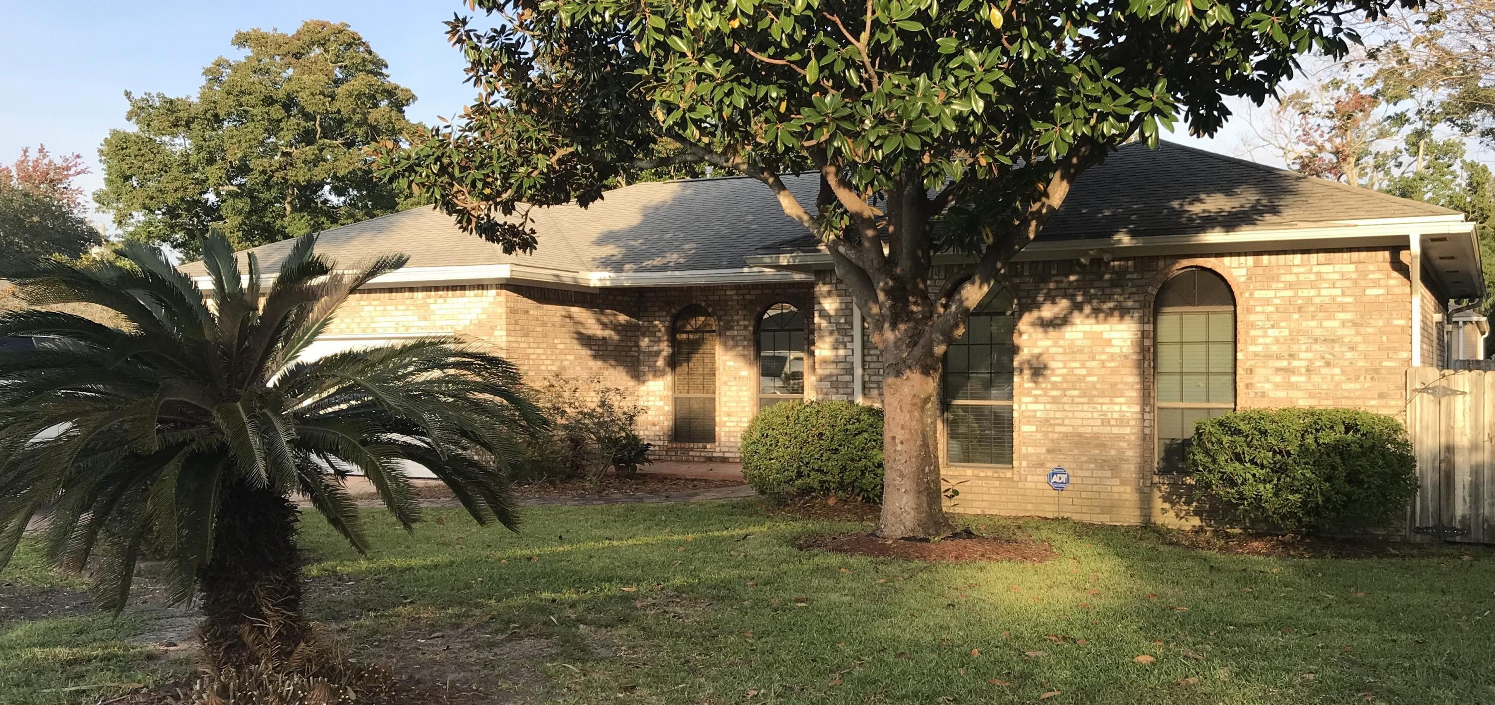 Photo of home for sale at 322 Cypress, Destin FL