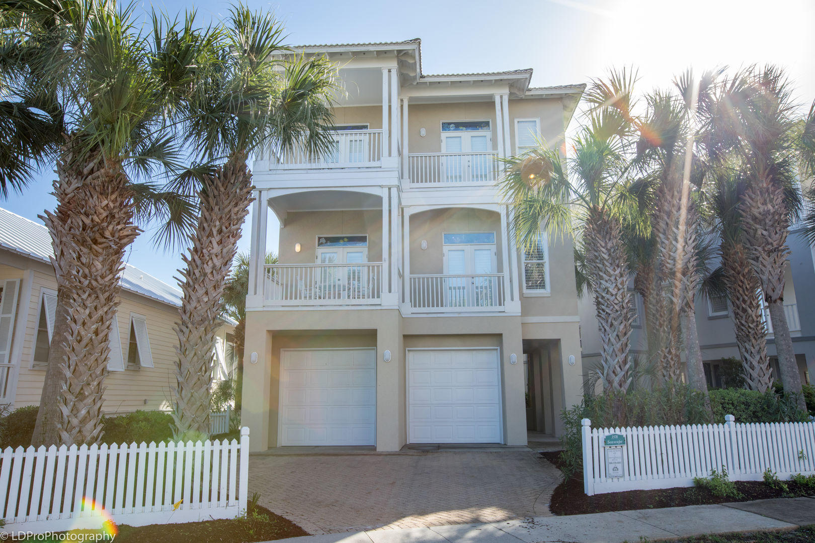 Photo of home for sale at 3578 Waverly, Destin FL