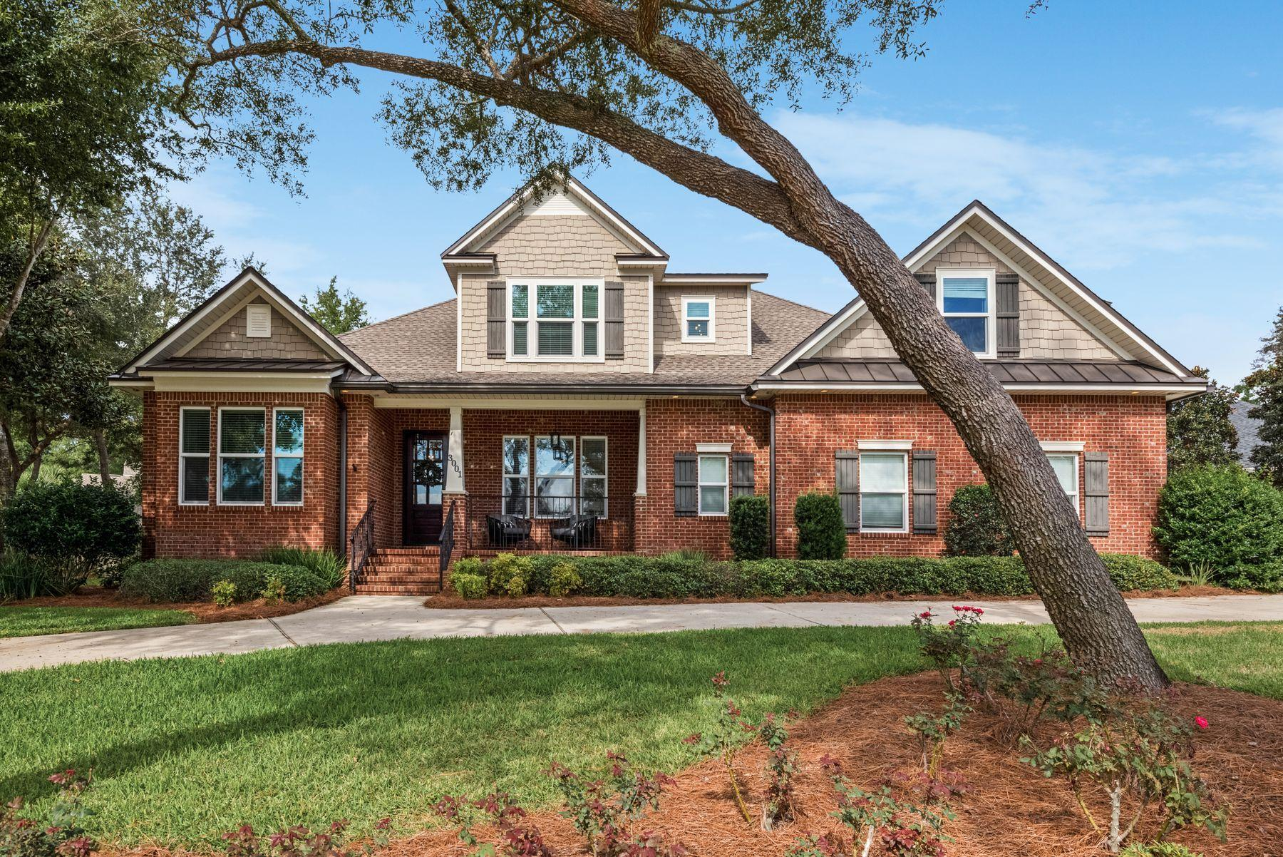 Photo of home for sale at 3001 Stony Creek, Niceville FL