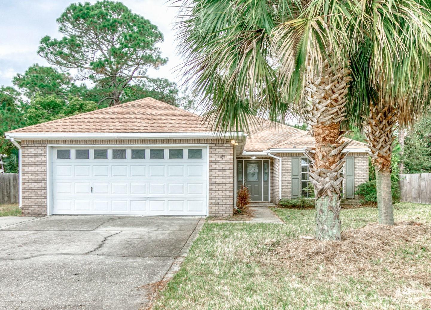 Photo of home for sale at 184 Pritchard, Miramar Beach FL
