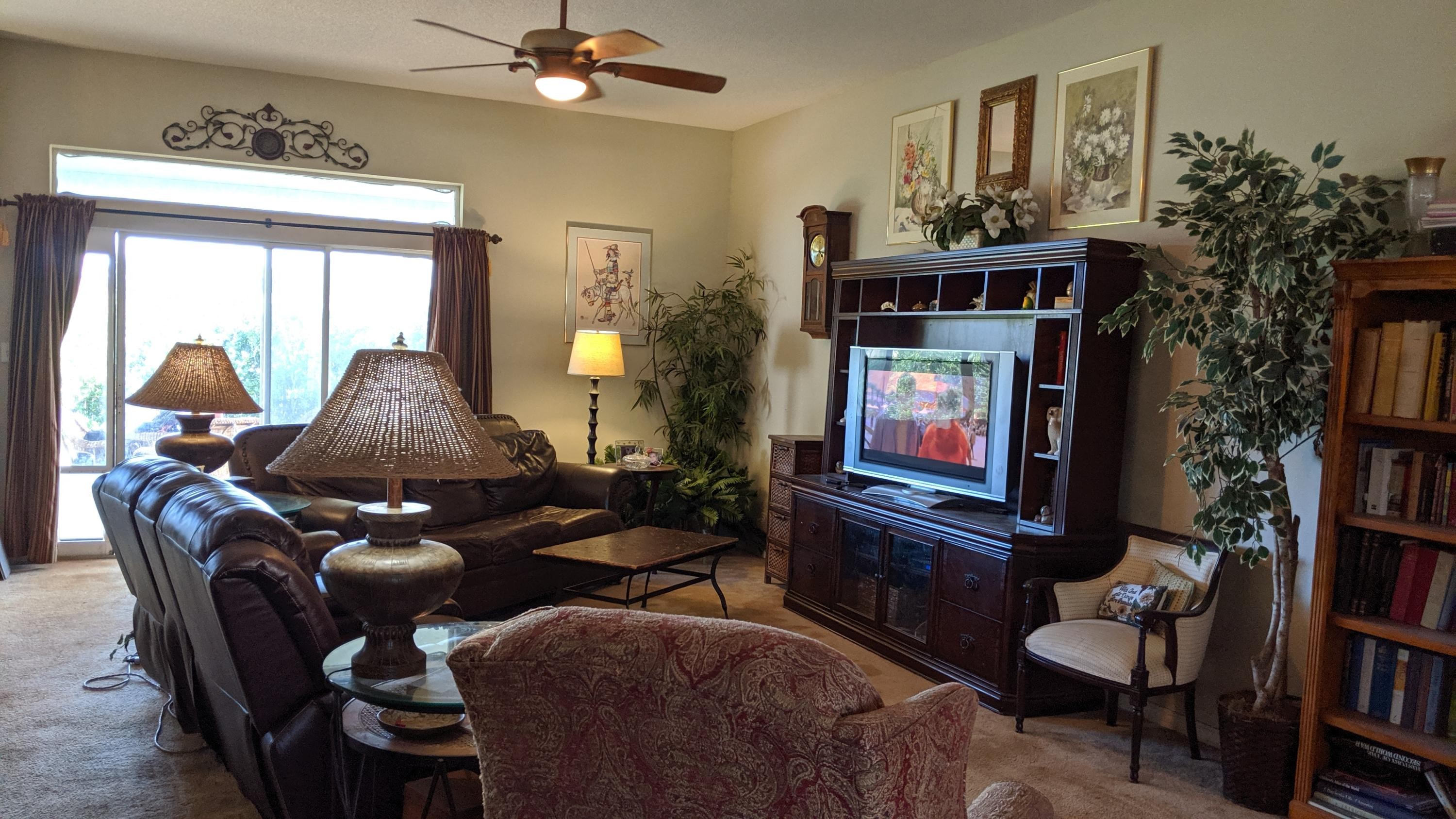 Photo of home for sale at 5624 Brook, Crestview FL