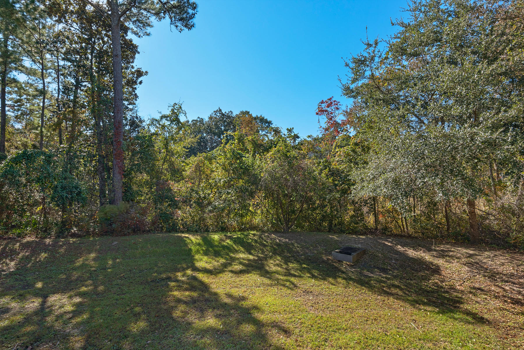 Photo of home for sale at 544 Maple, Niceville FL