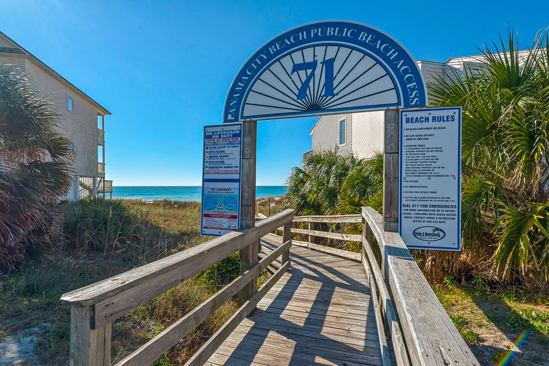 Photo of home for sale at 322 Sundial, Panama City Beach FL