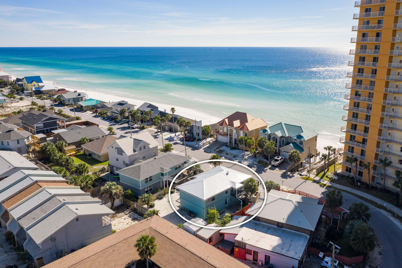 Photo of home for sale at 4932 Spyglass, Panama City Beach FL