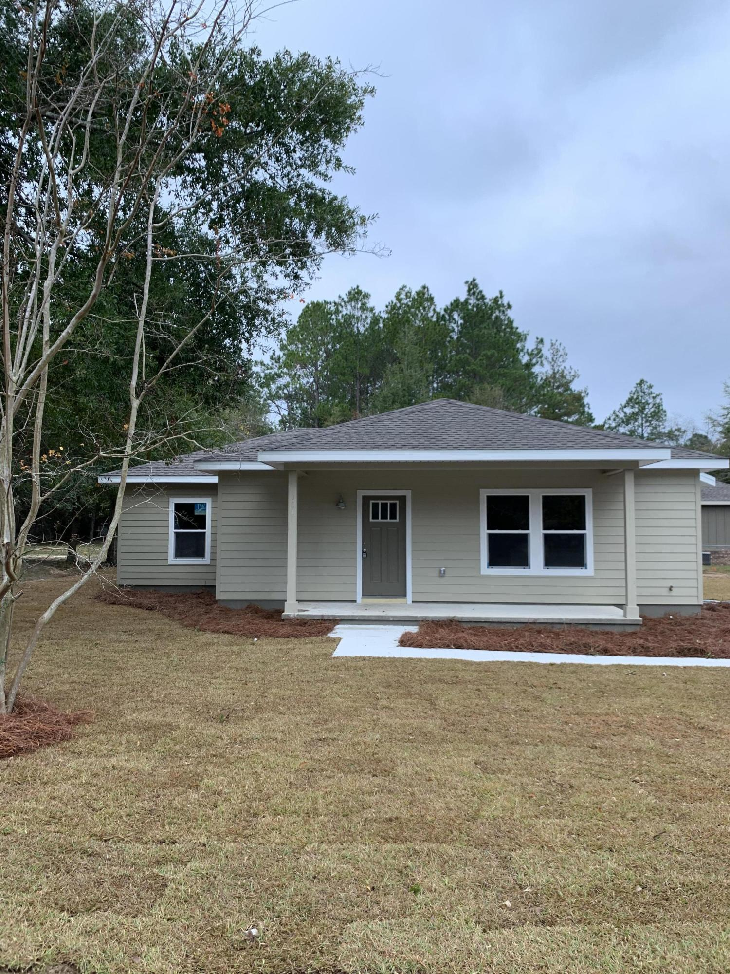 Construction is now complete on this BRAND NEW HOME! This 3 bedroom 2 bath home has an open floor plan featuring stainless steel appliances, luxury vinyl flooring, recessed lighting, oversized laundry room, large master walk-in closet, double vanity in master bath and foam insulation in the attic.  The DeFuniak Springs Country Club, schools and parks are just minutes away.