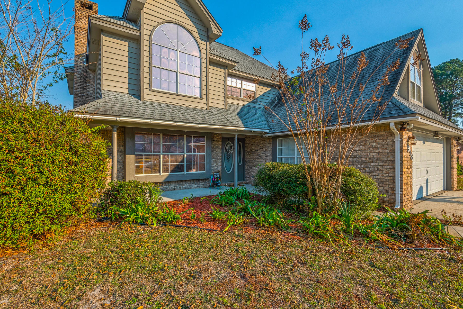 Photo of home for sale at 918 Aloma Faye, Fort Walton Beach FL