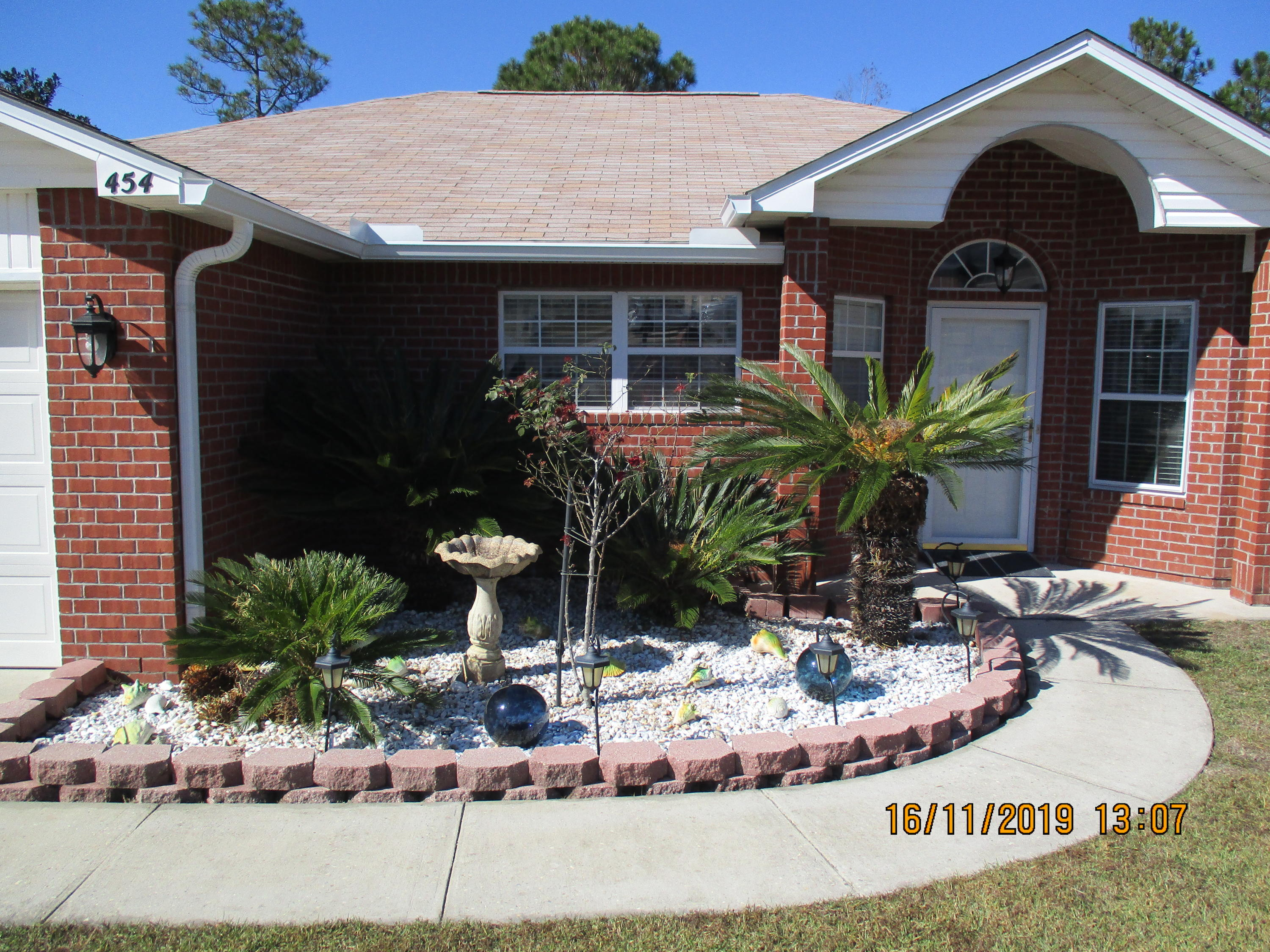 Photo of home for sale at 454 Laticia, Crestview FL
