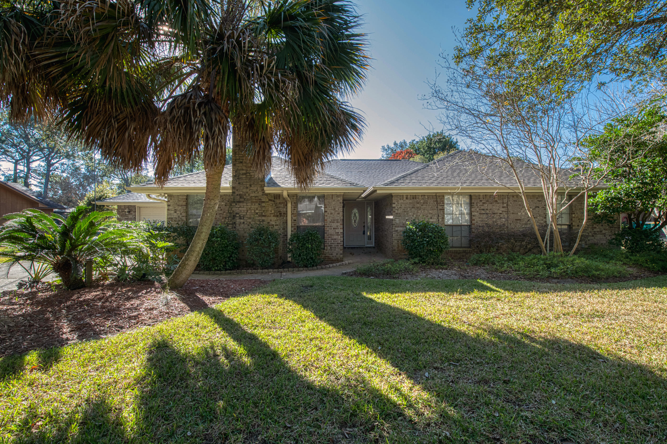 A 3 Bedroom 2 Bedroom Raintree Estates Home