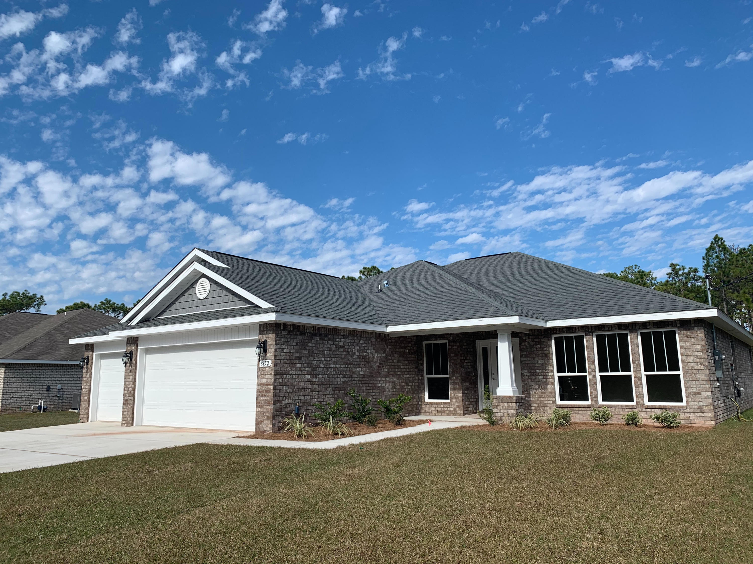 Photo of home for sale at 8152 Nevada, Navarre FL