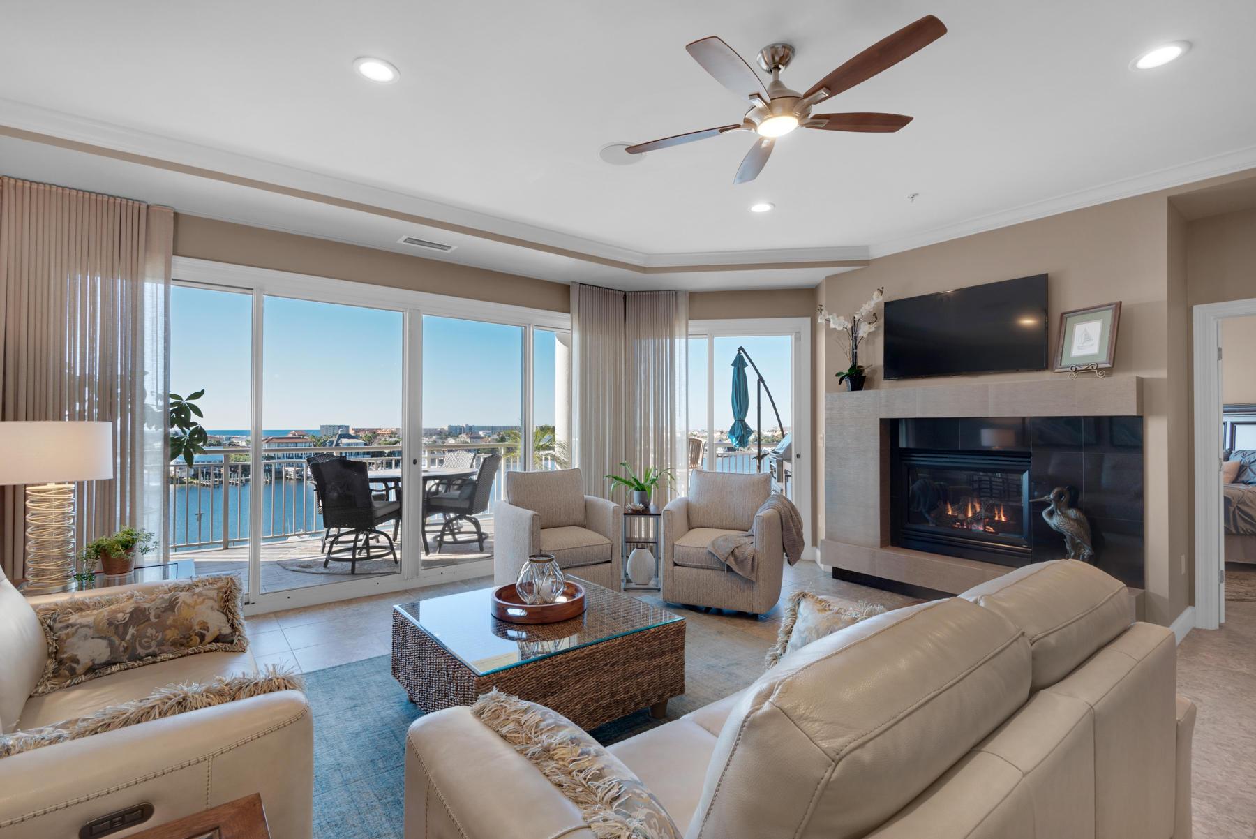 A 3 Bedroom 3 Bedroom Grand Harbor Condominium