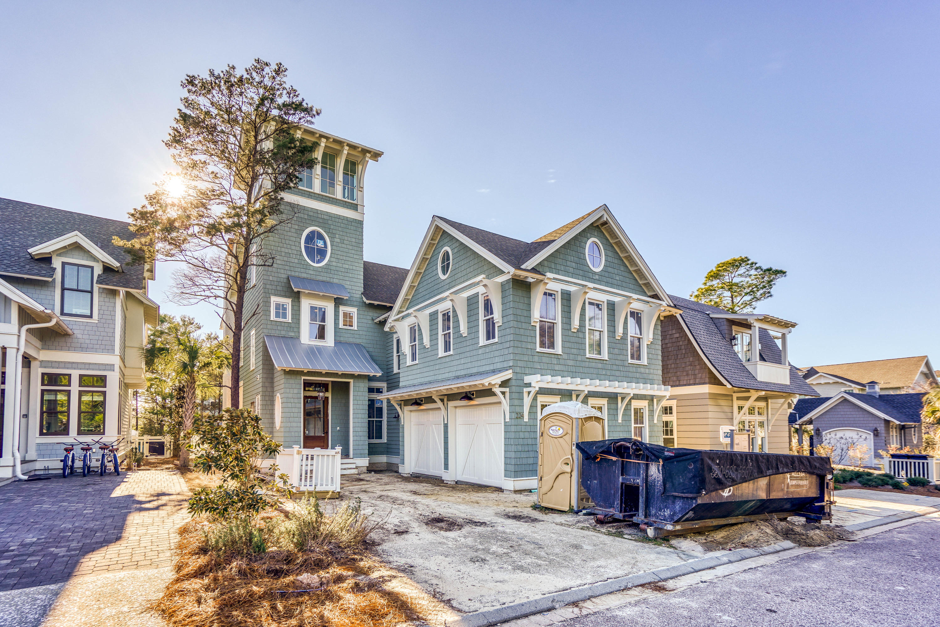 Photo of home for sale at 224 Yacht Pond, Watersound FL