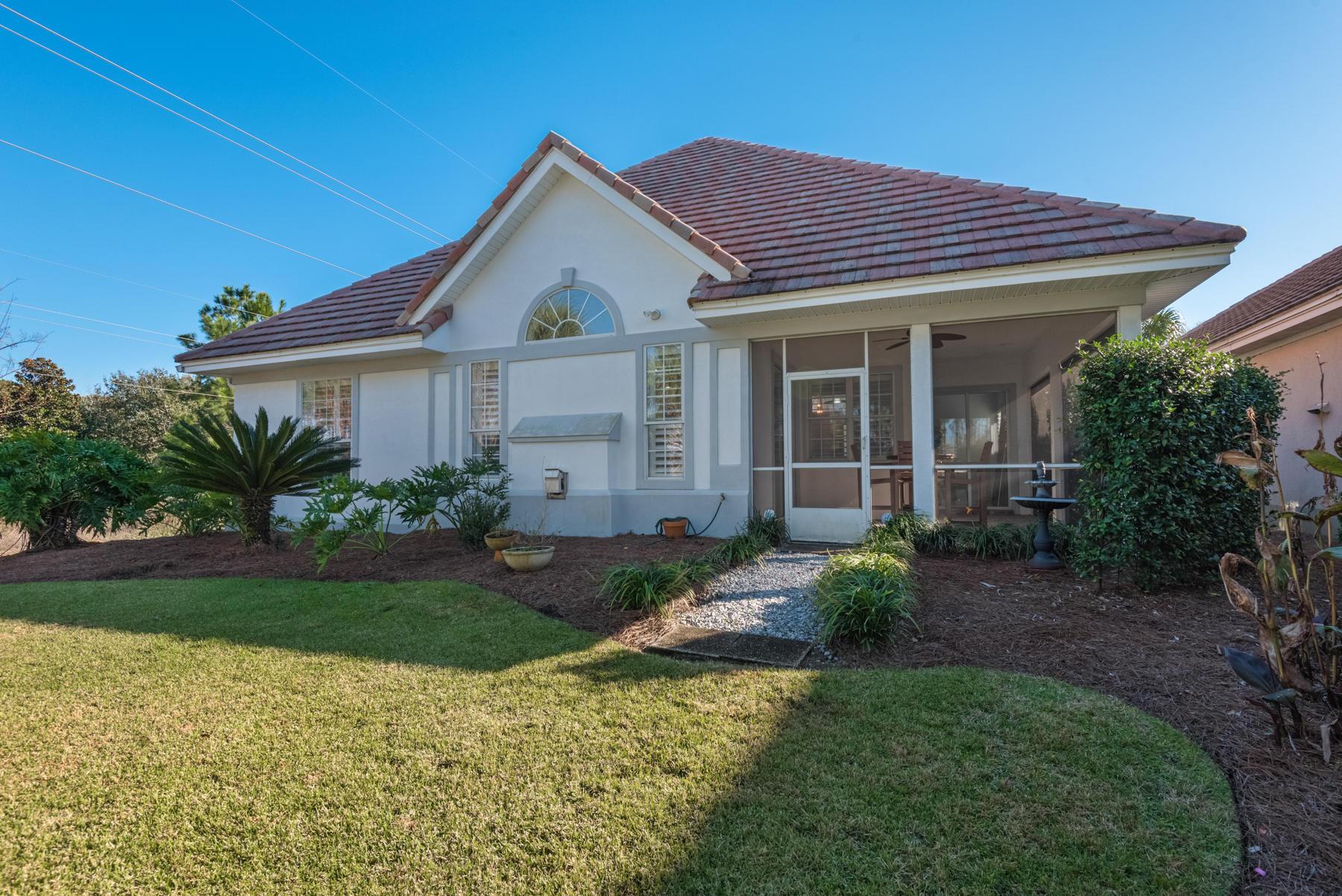 Photo of home for sale at 4603 Sailmaker, Destin FL