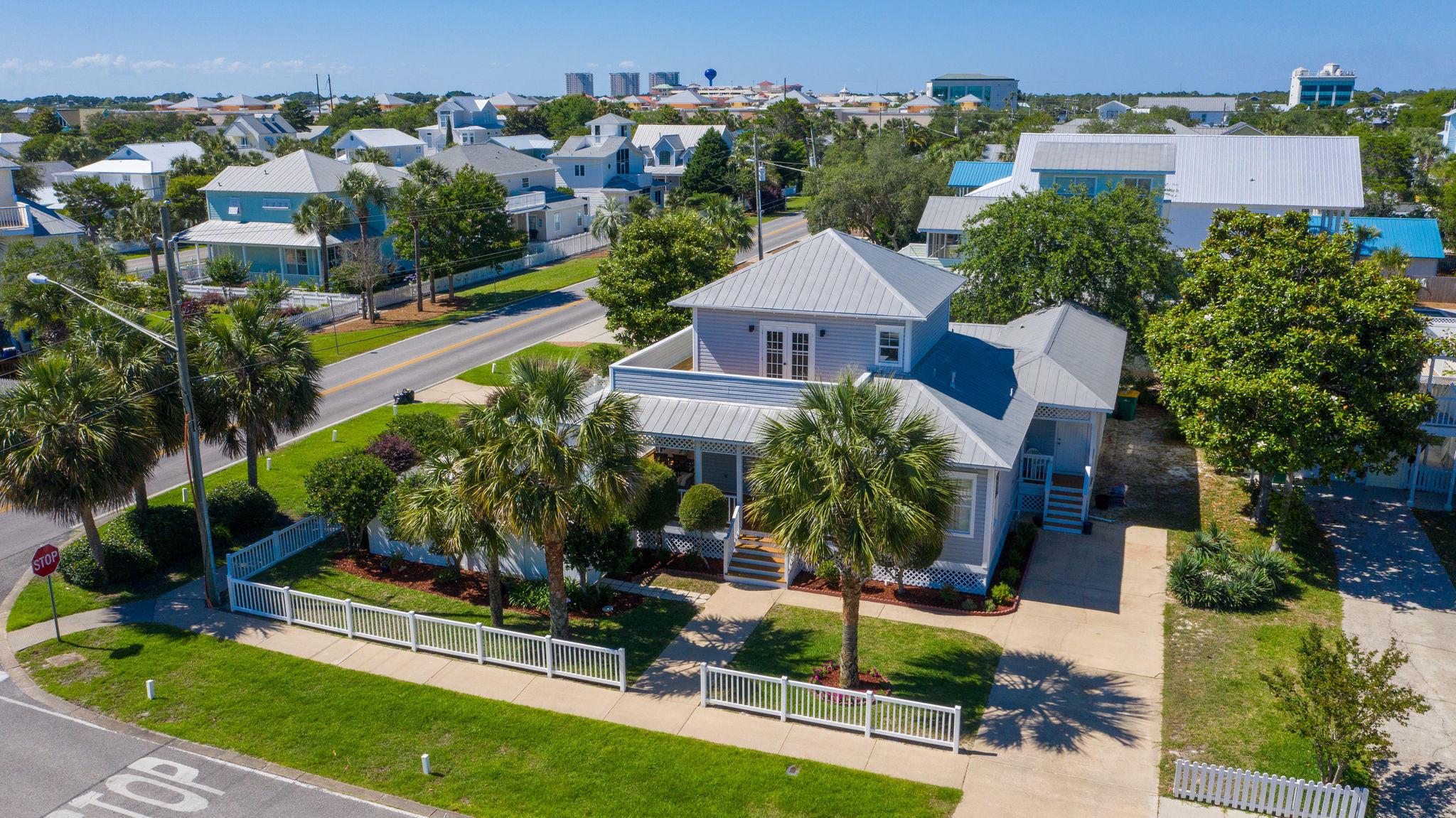 Photo of home for sale at 4503 John, Destin FL