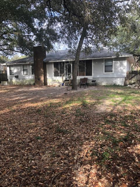 Photo of home for sale at 639 Caribbean Way, Niceville FL